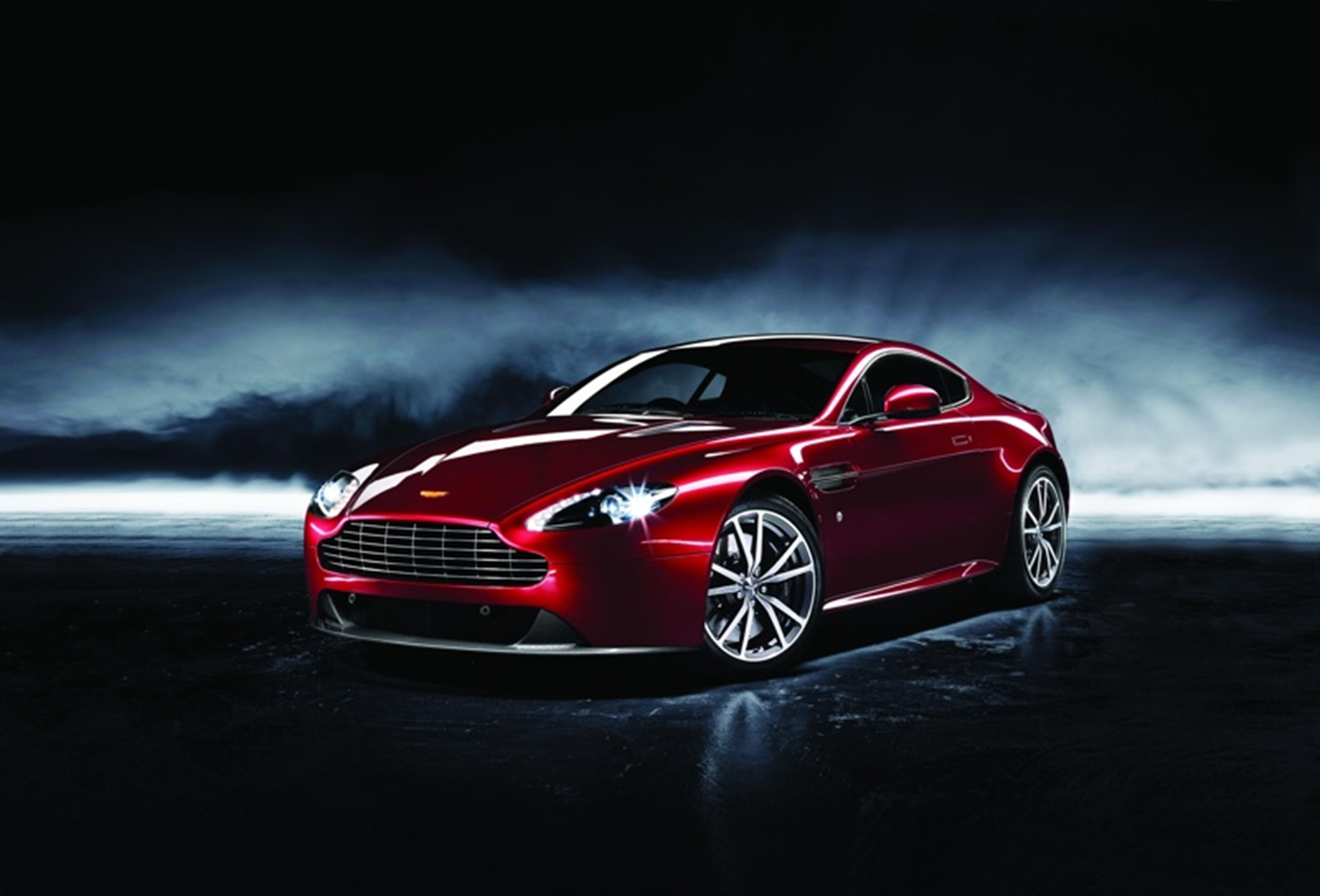 Aston Martin 2012 - Dragon 88