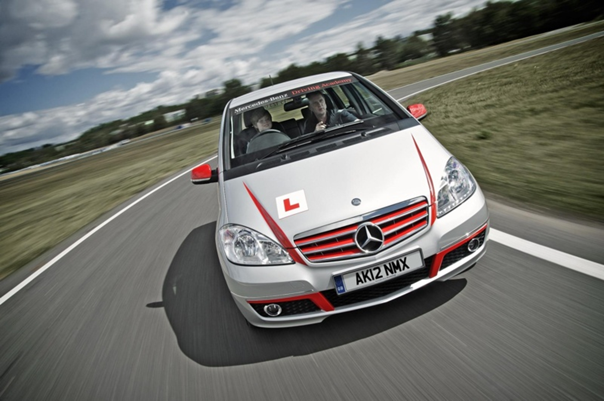 mercedes benz calls for young test drivers