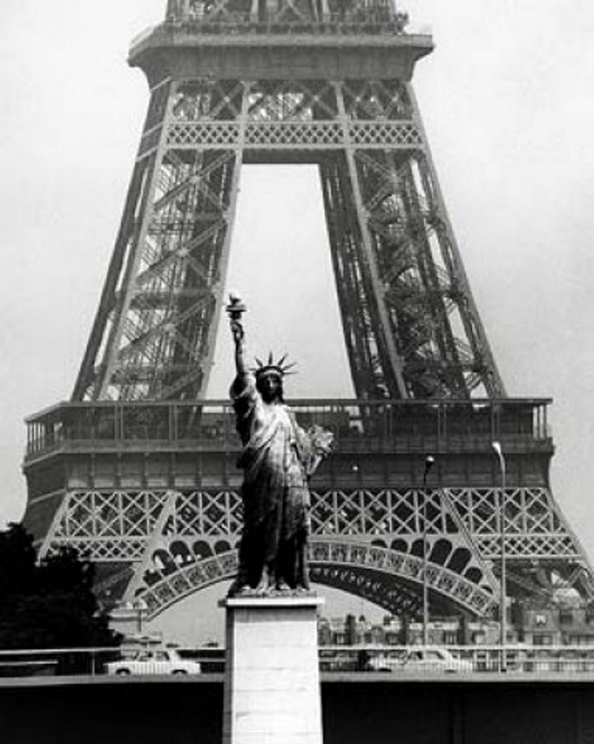 Robert Doisneau Statue of Liberty