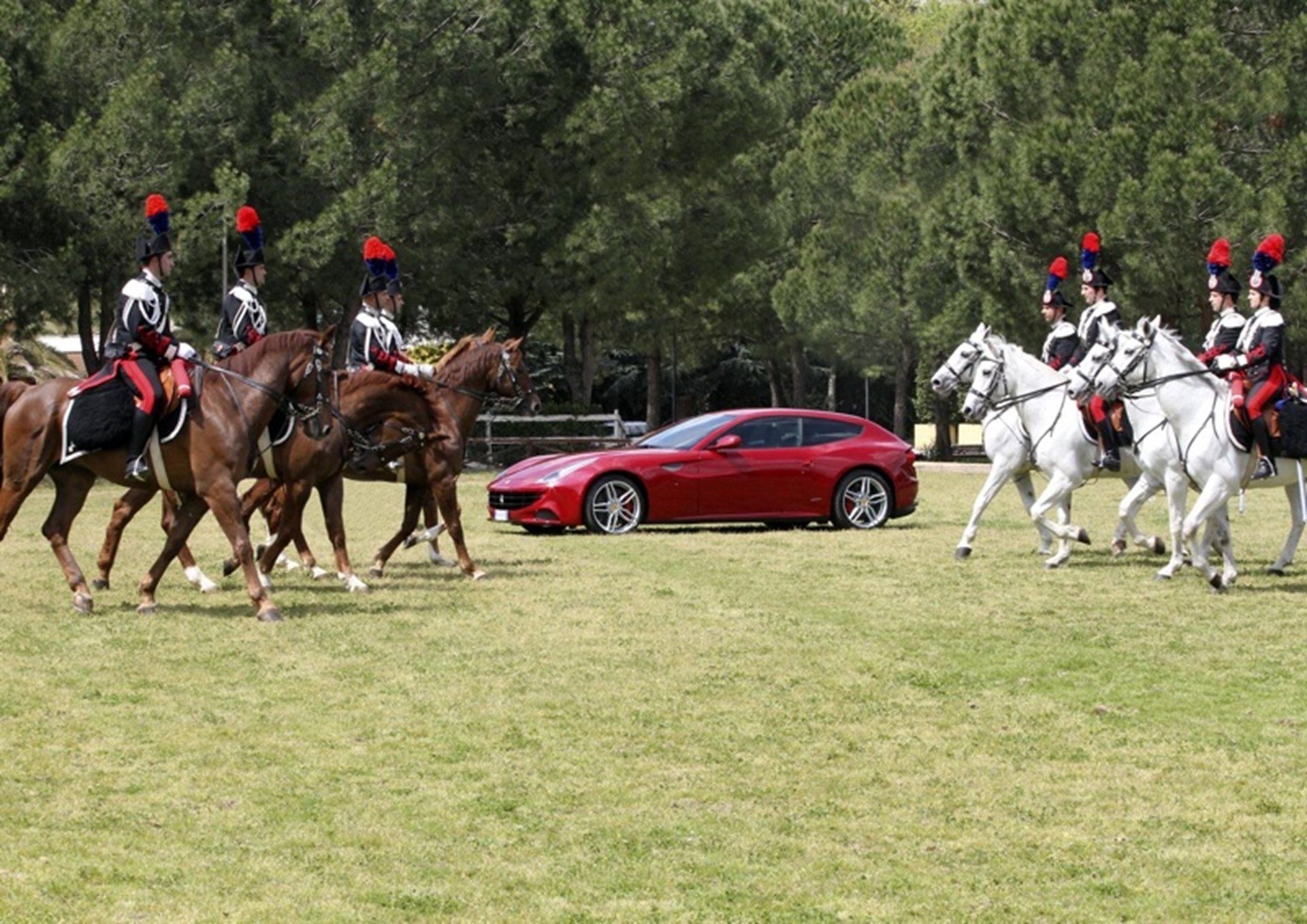 Ferrari and the Mounted Carabinieri Regiment