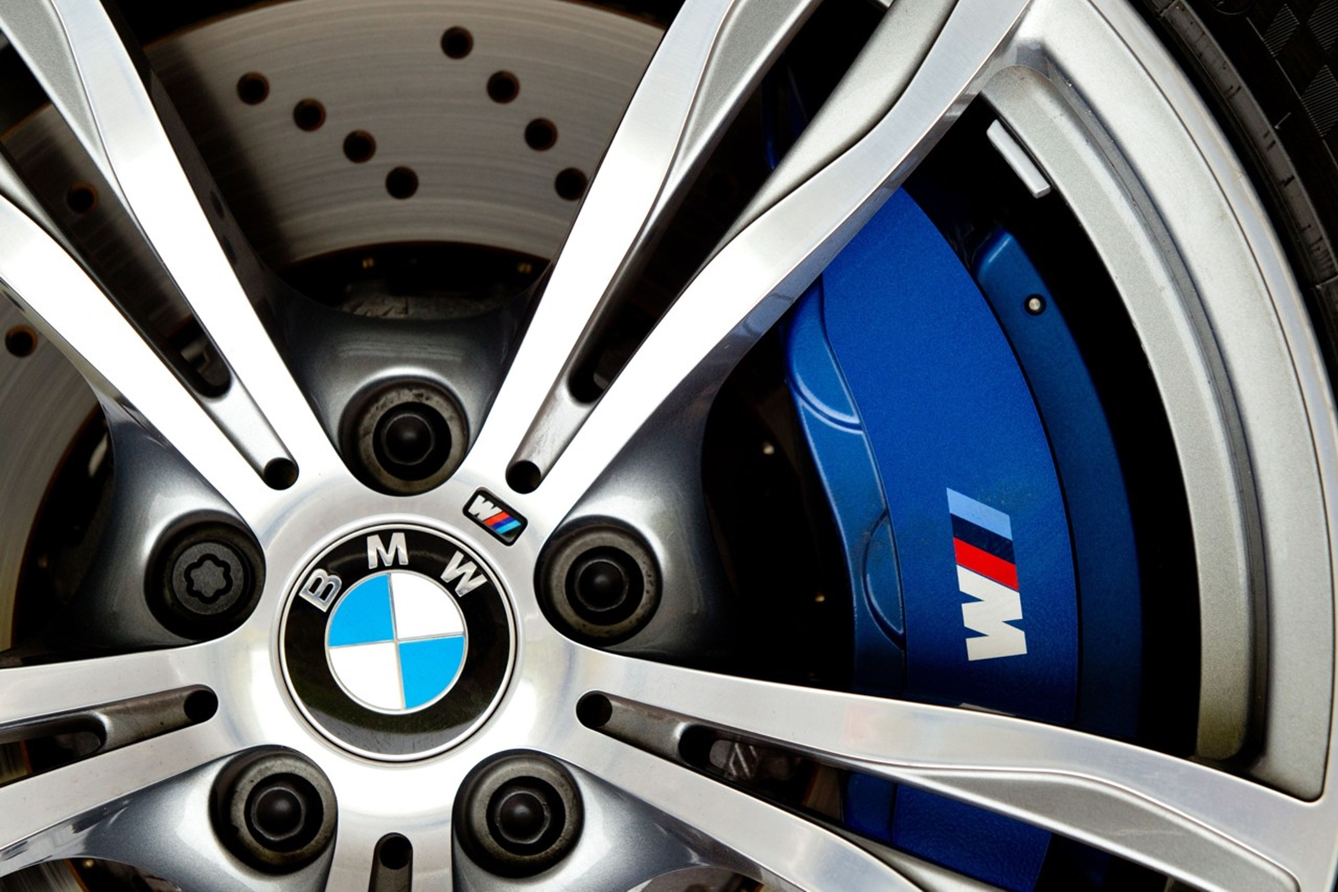 BMW M6 Mags