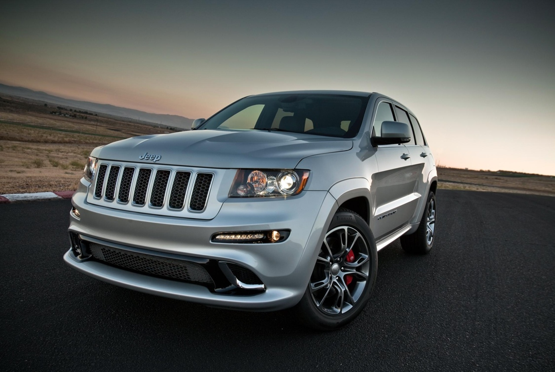 New Jeep Grand Cherokee SRT