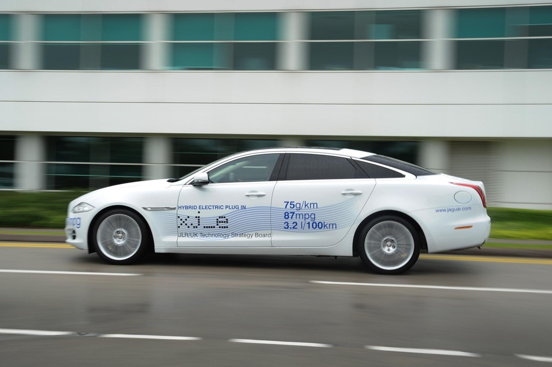 ultra low carbon XJ e plug-in hybrid