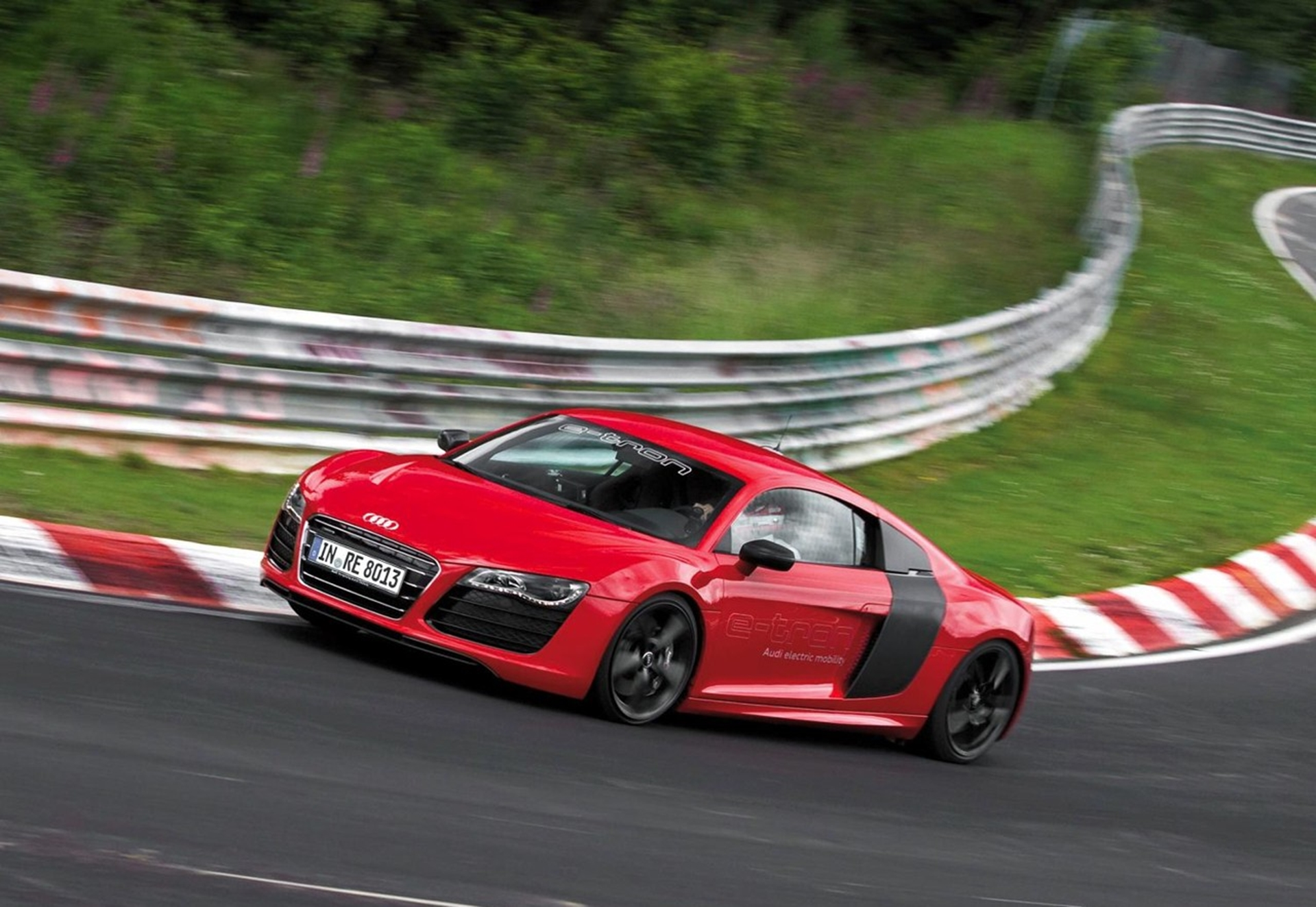Audi R8 E-Tron Speed Record