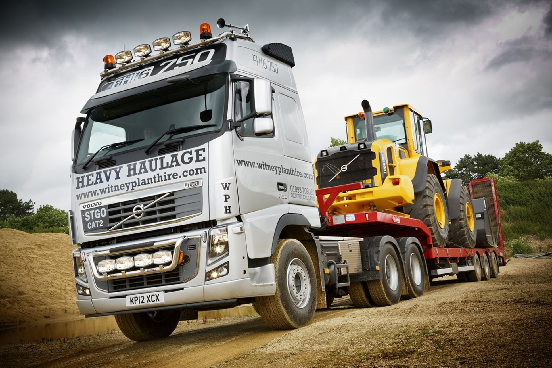 Witney Plant Hire new FH16-750
