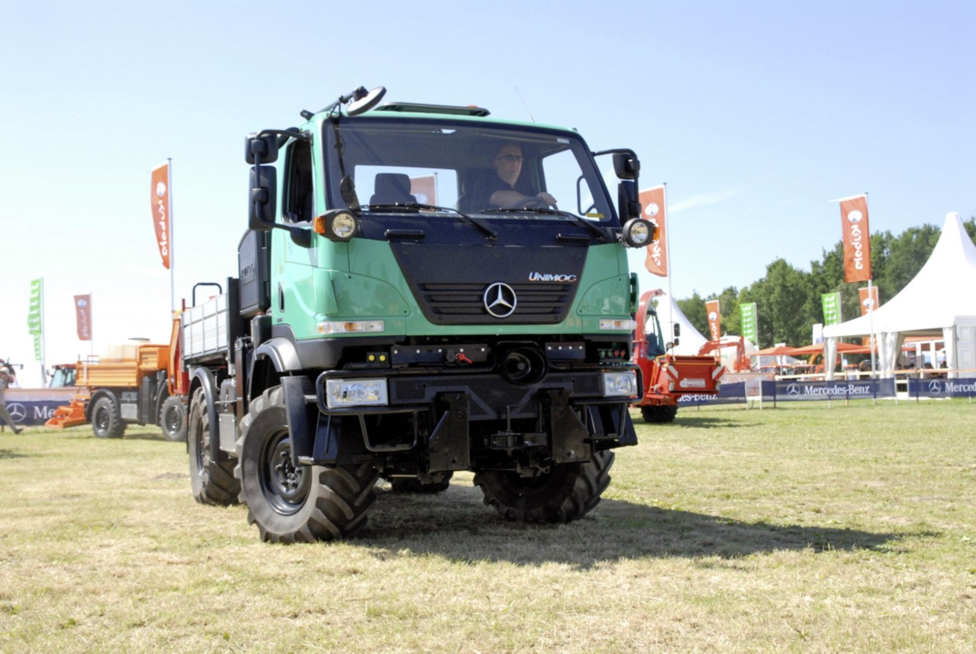 unimog iaa commercial vehicle show