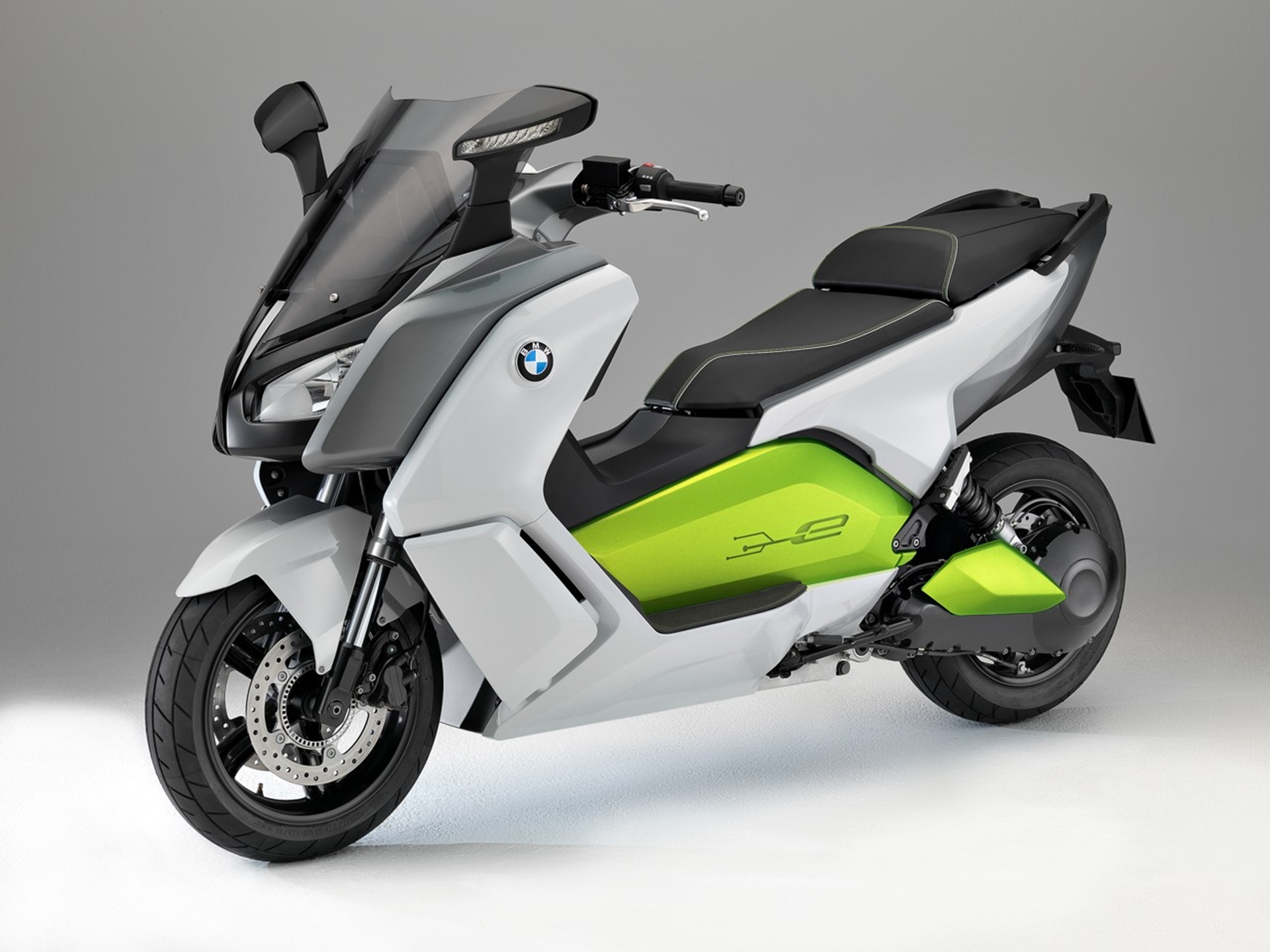 bmw motorcycles the new bmw c evolution. Black Bedroom Furniture Sets. Home Design Ideas