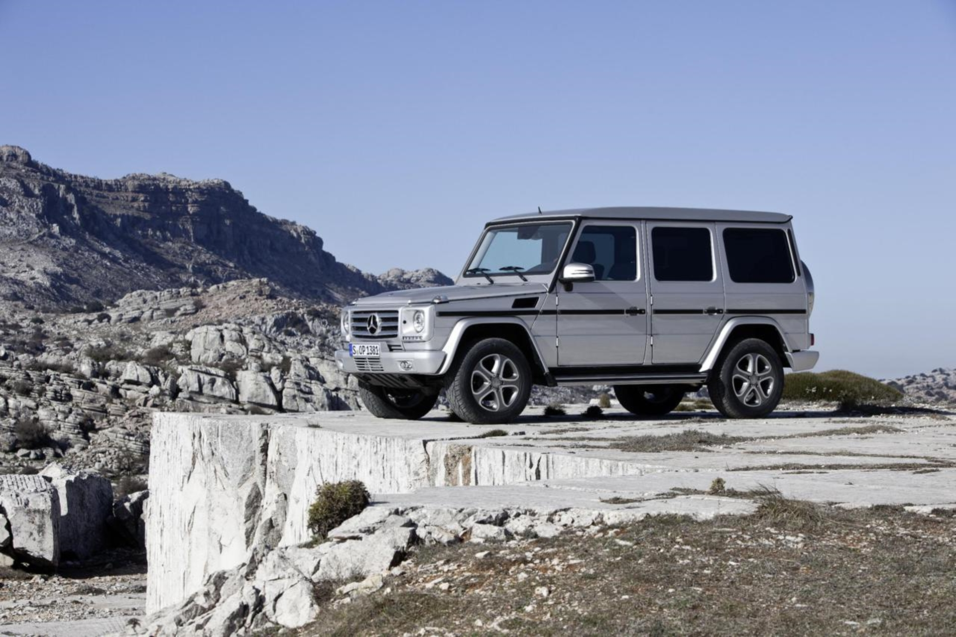 3d car shows mercedes benz g class prices and for Mercedes benz g class truck price