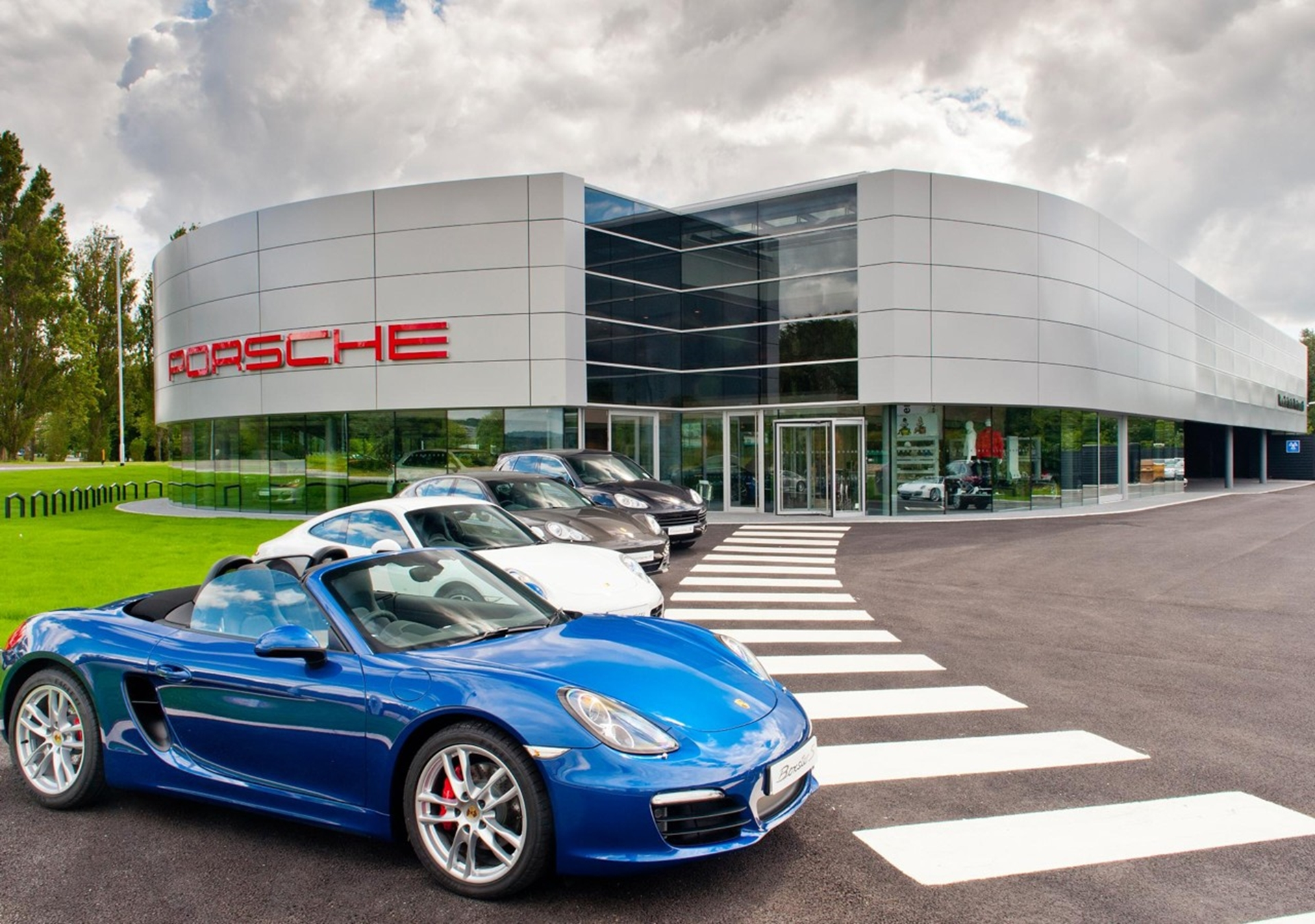 Porsche Dealership Portsmouth
