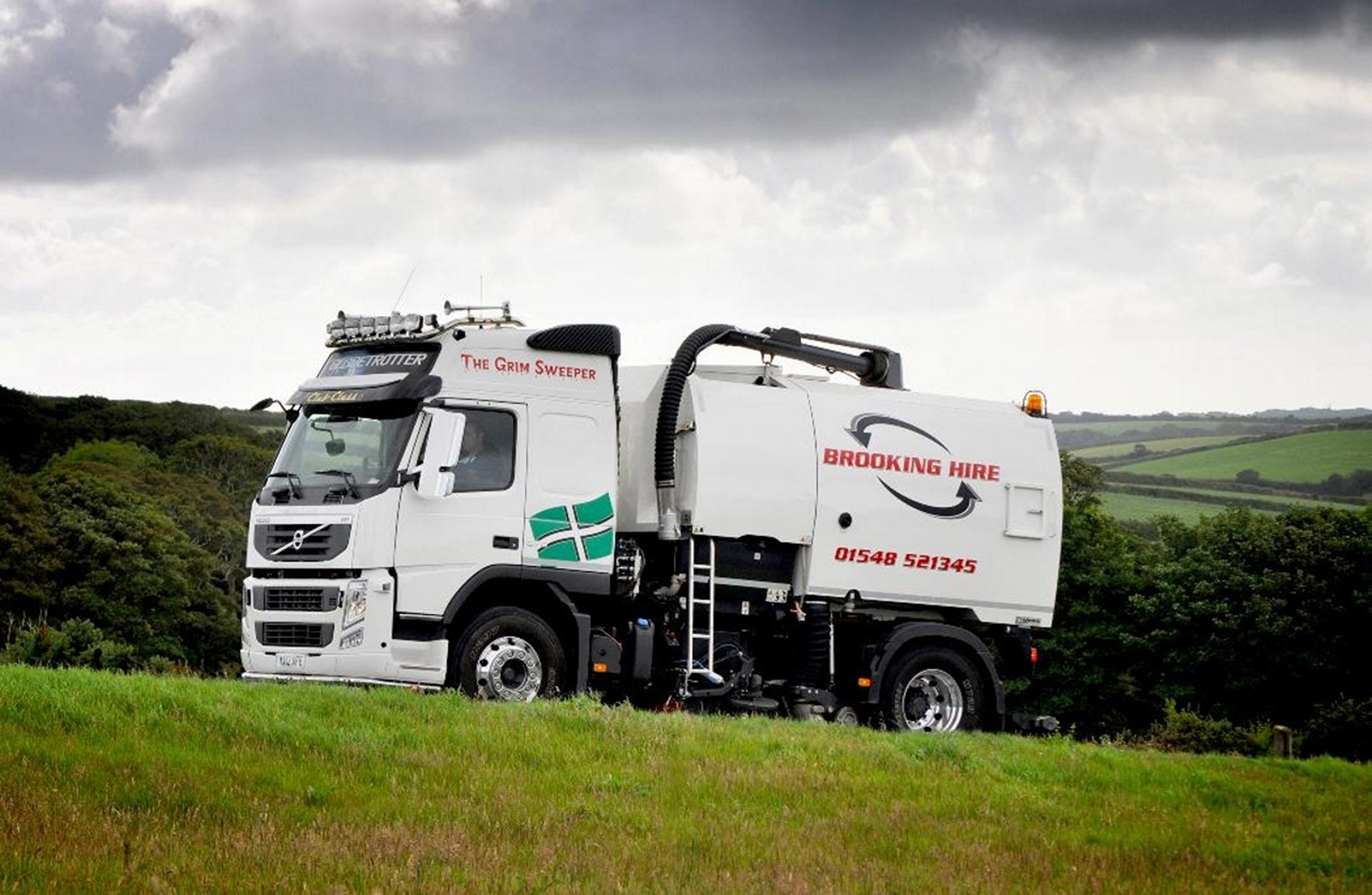 Volvo FM road sweeper