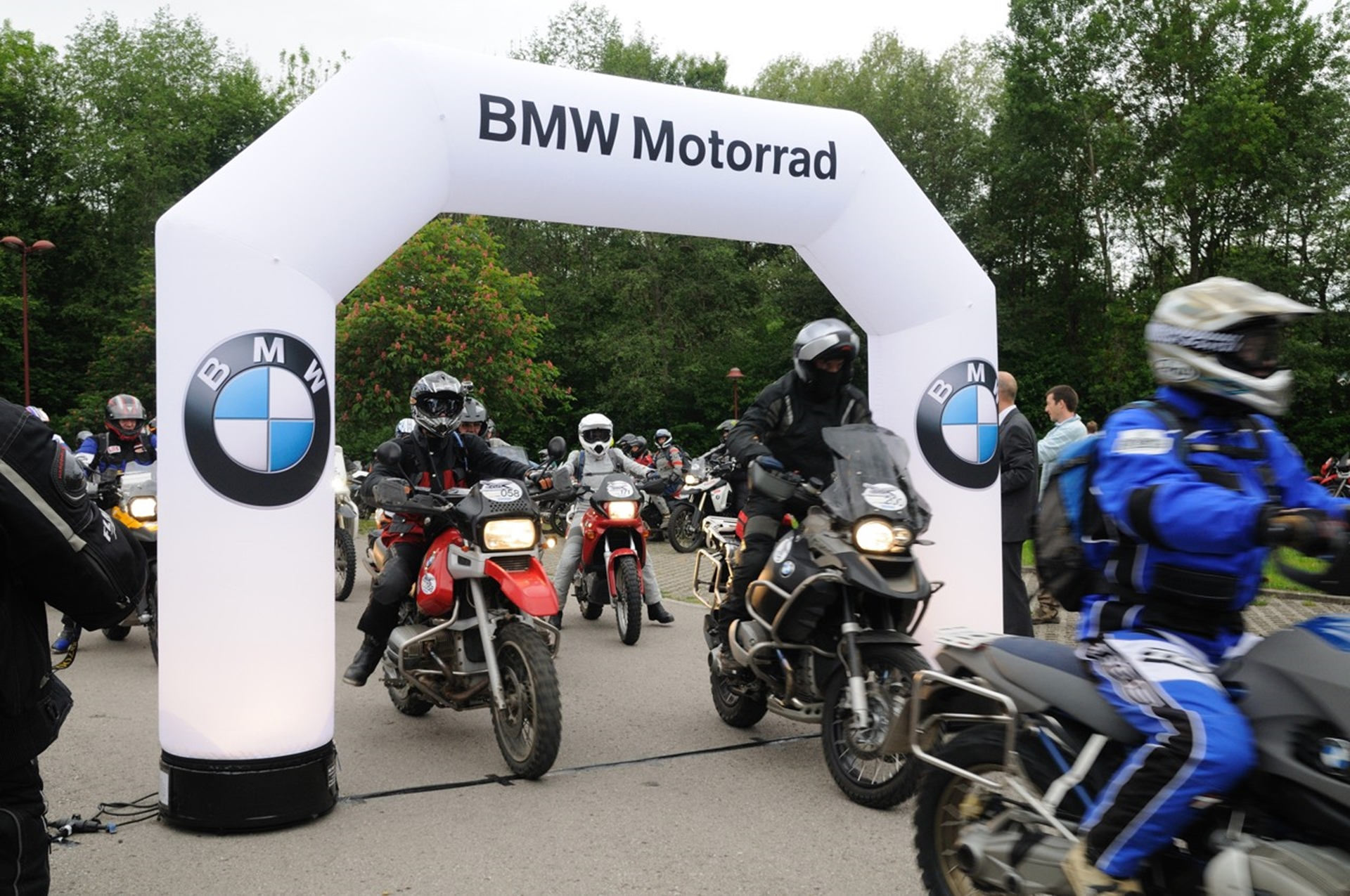 bmw motorcyclists once again ride for a greener future