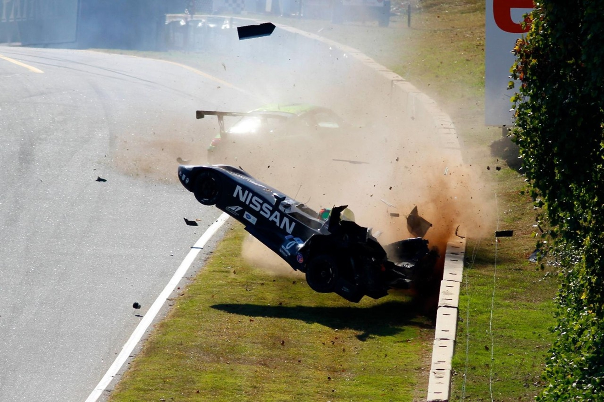 Nissan Deltawing Crash 2012