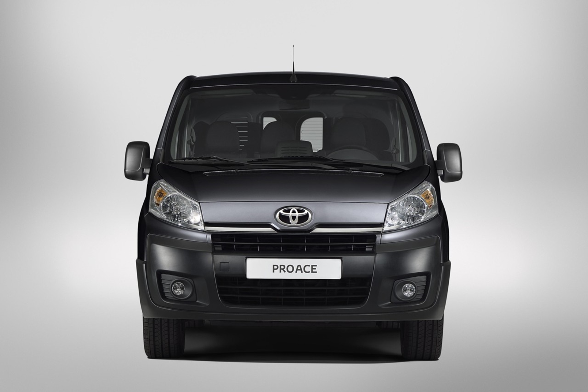 Toyota ProAce Front
