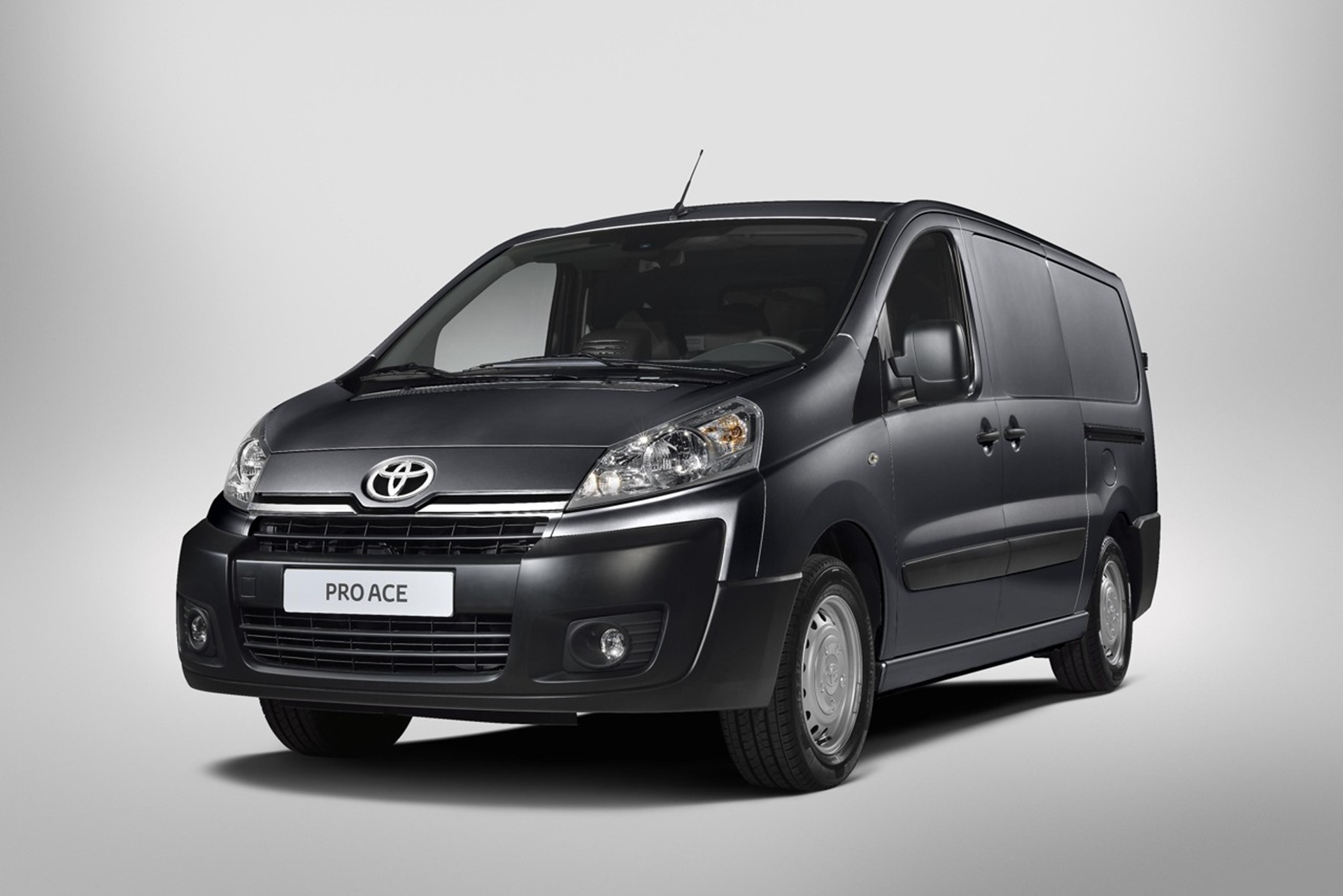 toyota serves up the new proace van. Black Bedroom Furniture Sets. Home Design Ideas