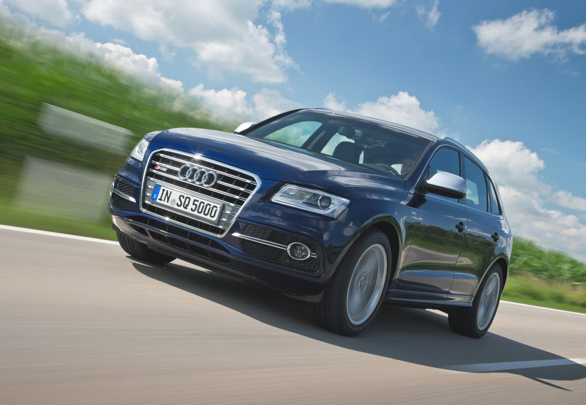 audi sq5 tdi ready to join uk range as first ever diesel s model. Black Bedroom Furniture Sets. Home Design Ideas