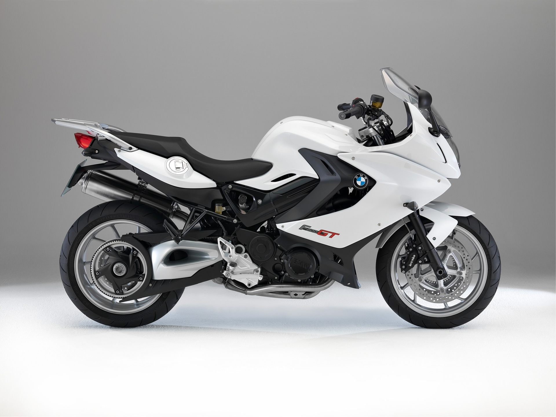 BMW F 800 GT Black White