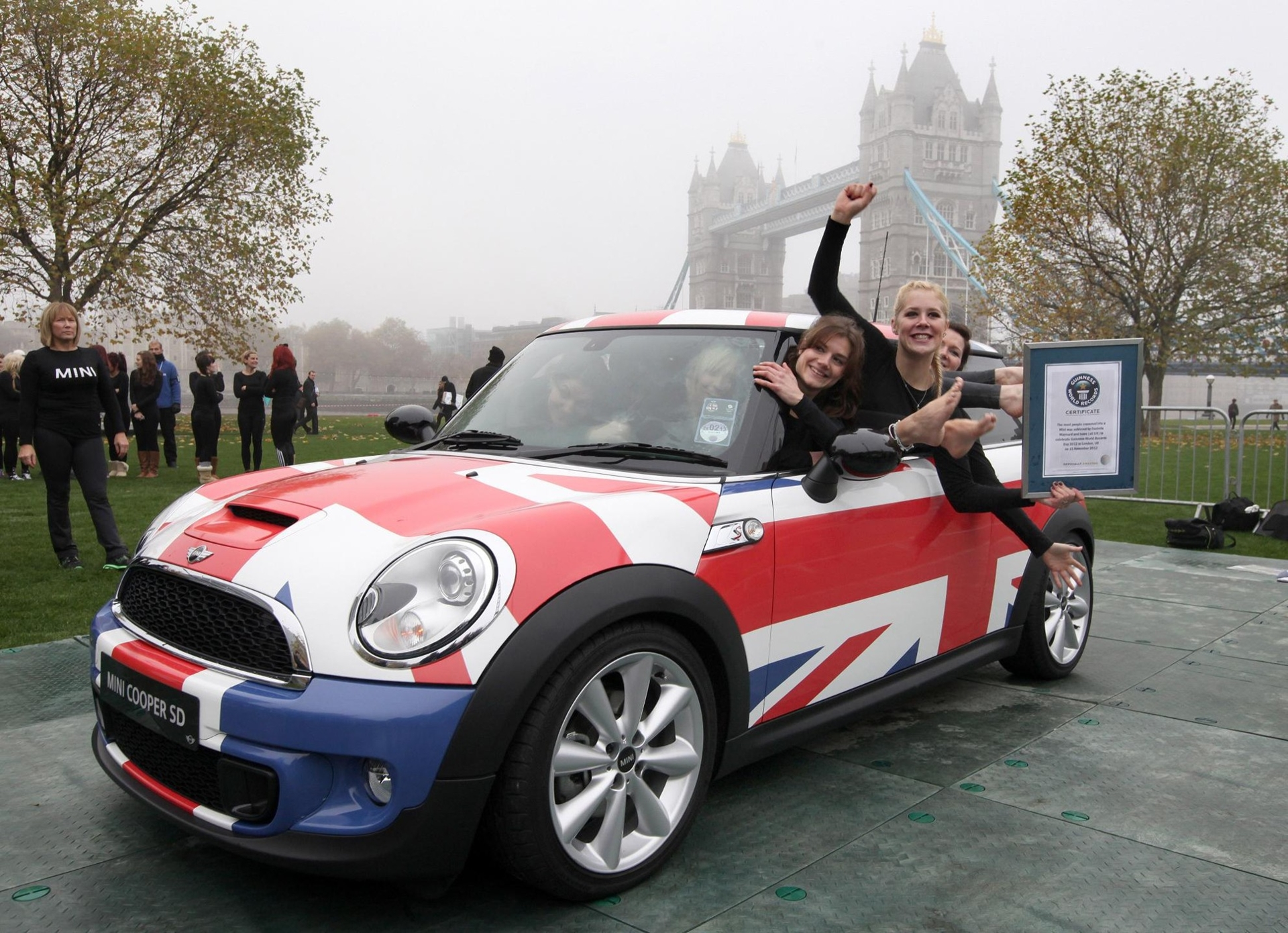 Guiness World Record Mini 2012