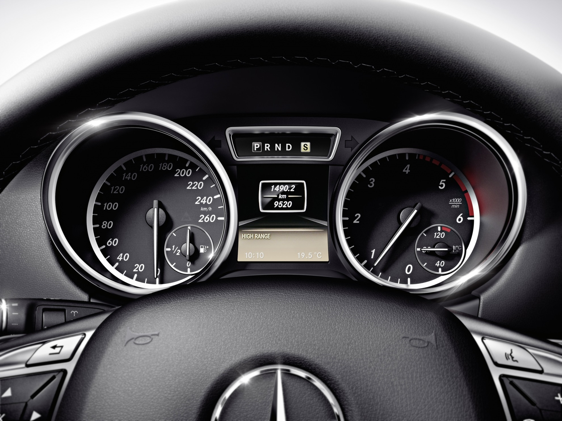 Mercedes-Benz G-Class Dashboard