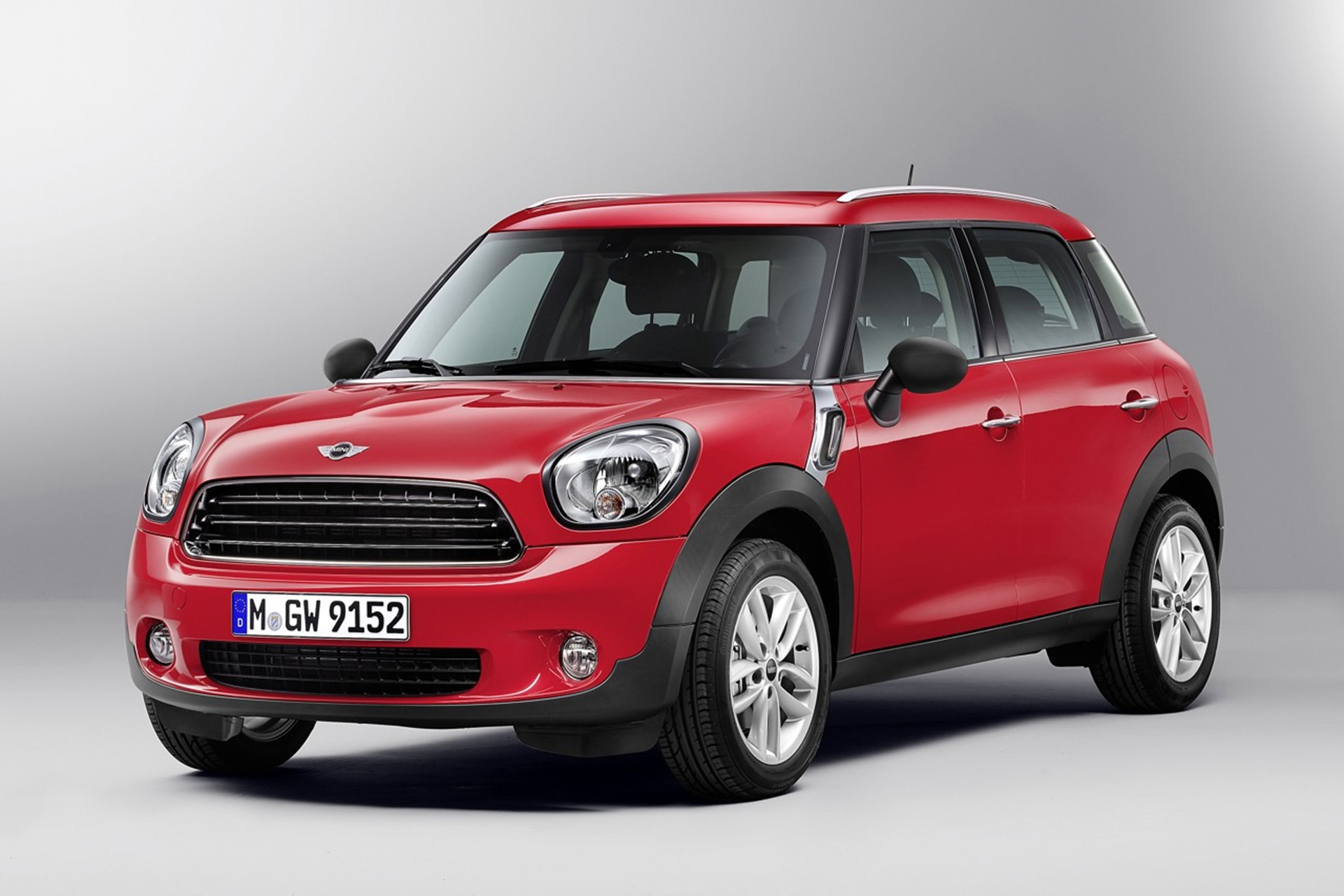 Europcar Adds The Mini Countryman To Its Fleet