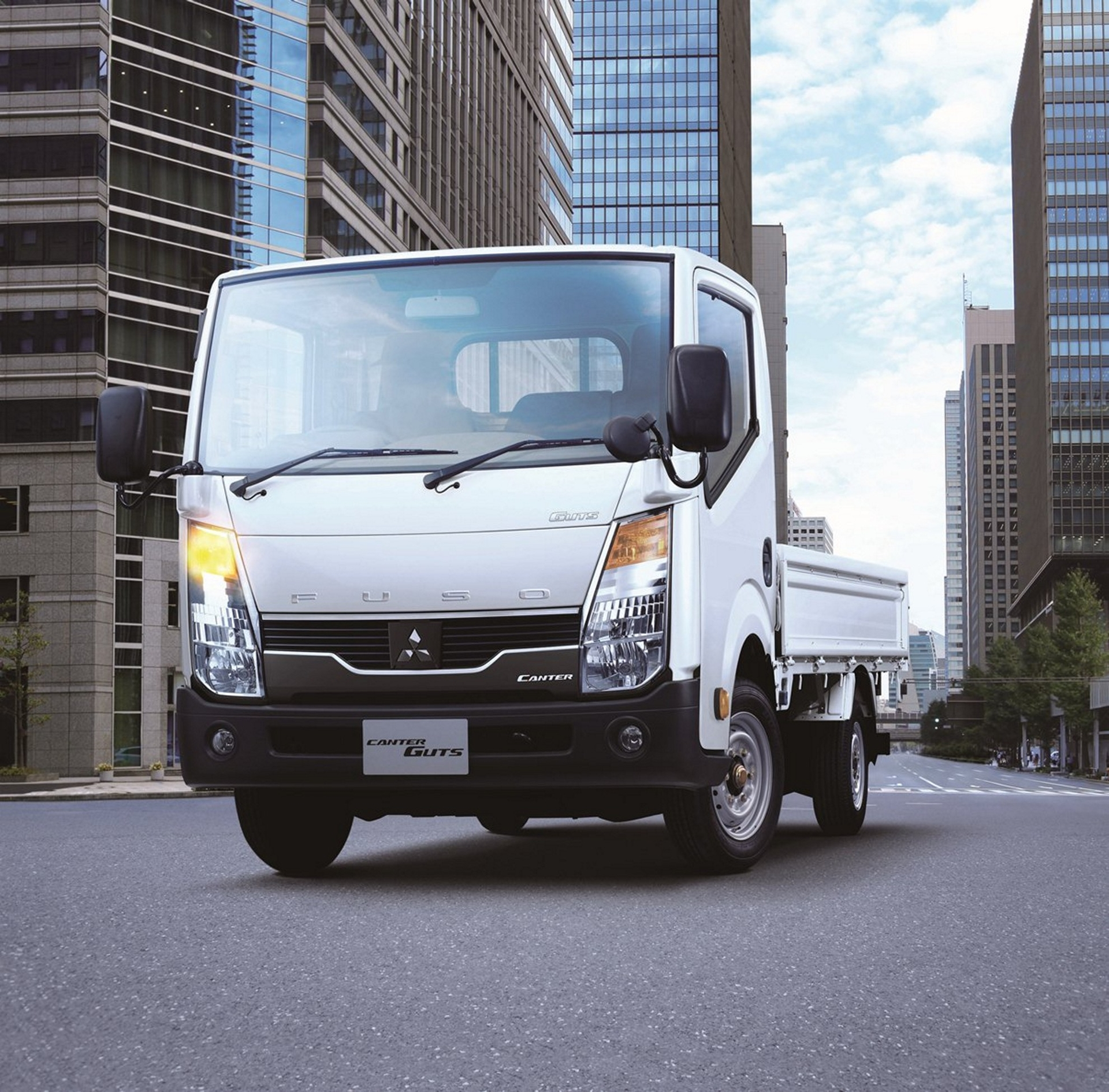 Fuso And Nissan Seal Cooperation For Light