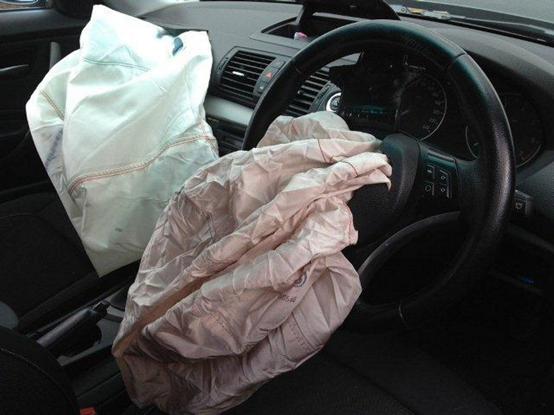 BMW Airbags