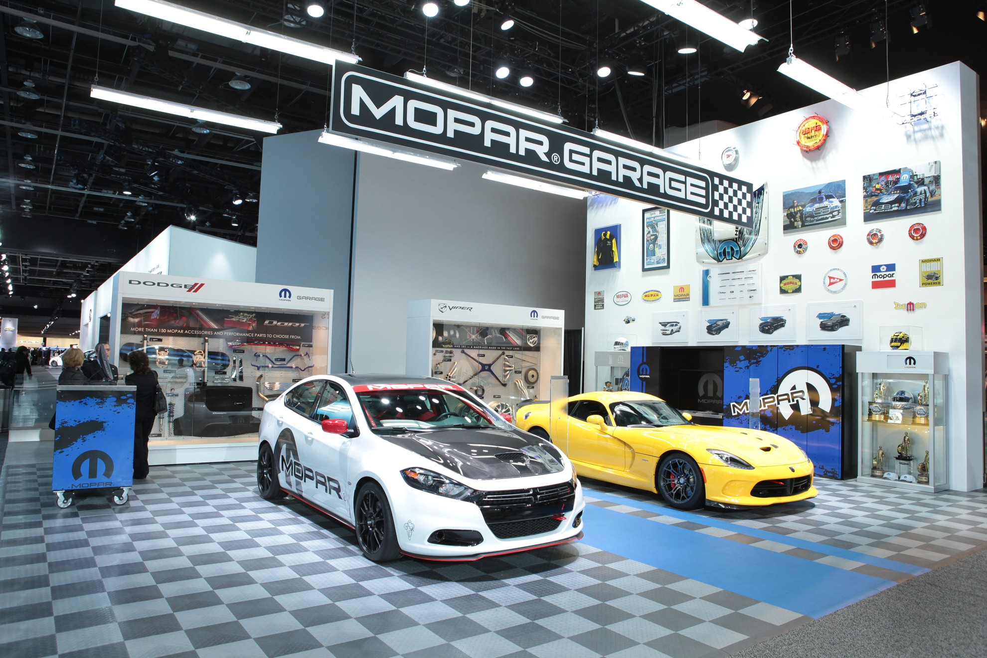 Mopar Garage Is A Must See At The North American International Auto Show - Car show display accessories