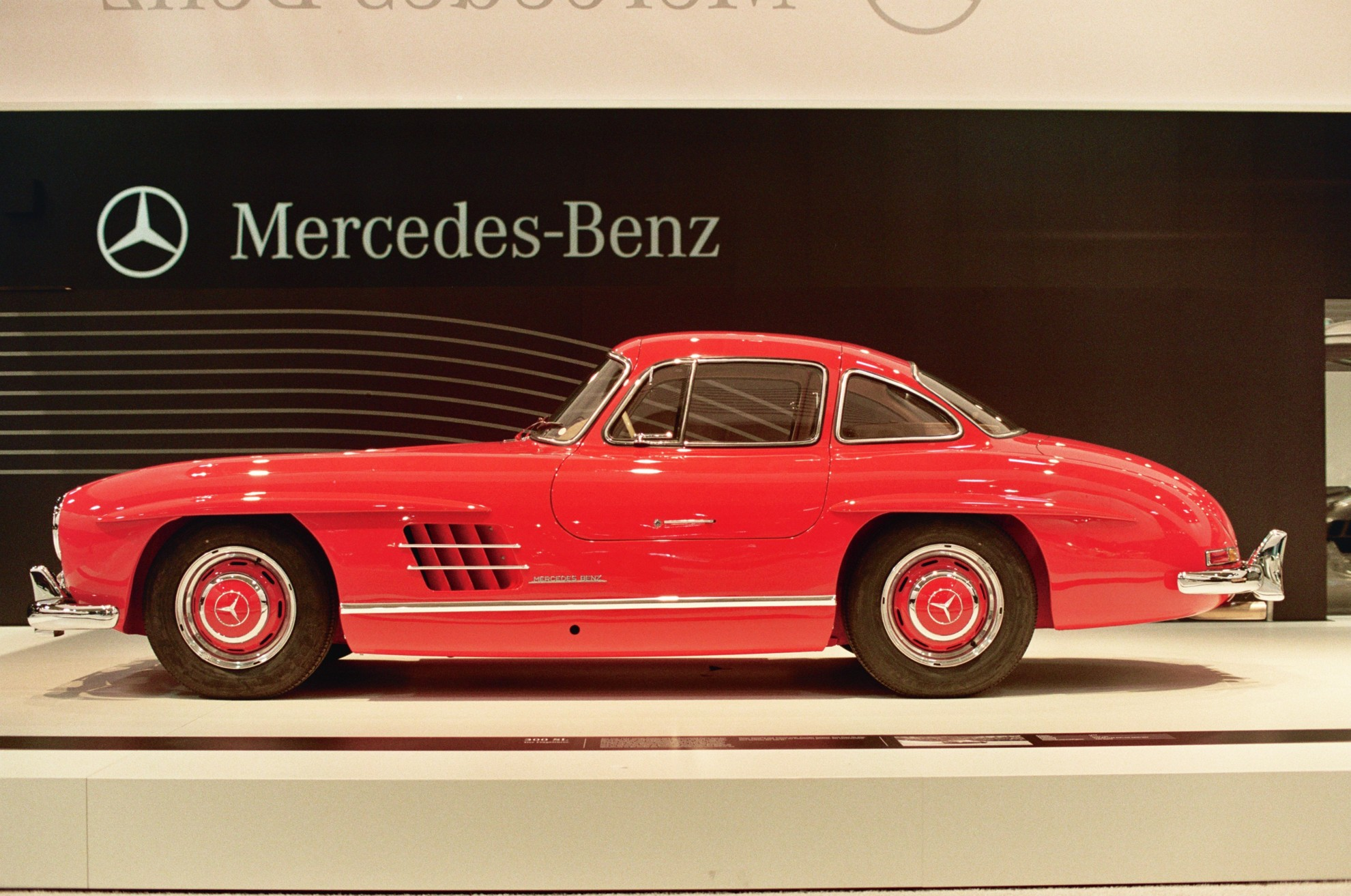 Mercedes benz a driving force in the classic car market - Mercedes car show ...