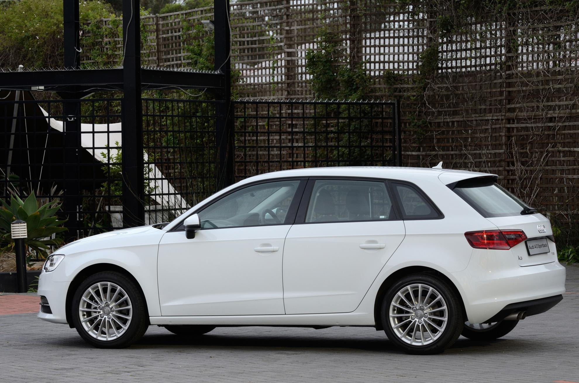 White Audi A3 Sportback 3d Car Shows
