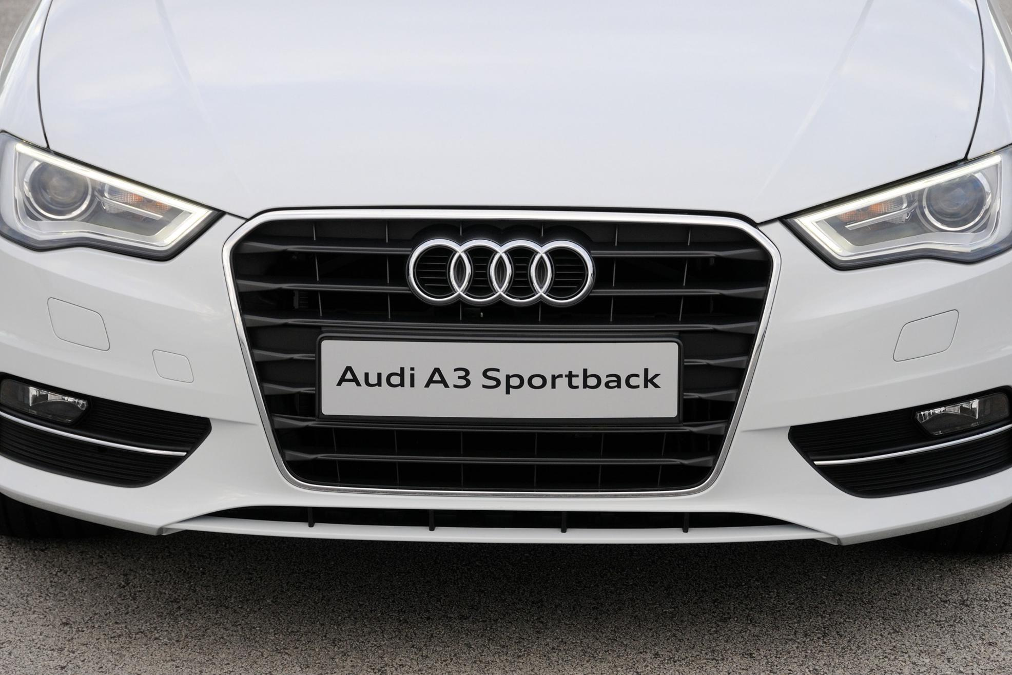 Audi A3 Sportback Front Logo 3d Car Shows