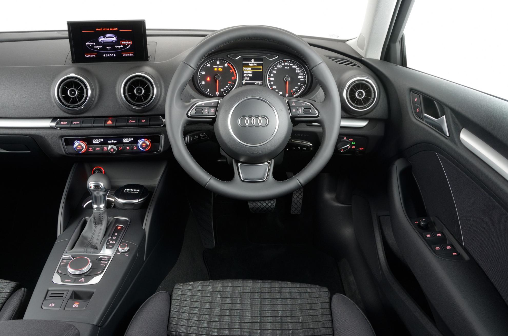 2013 a3 interior gallery for Audi a3 interieur