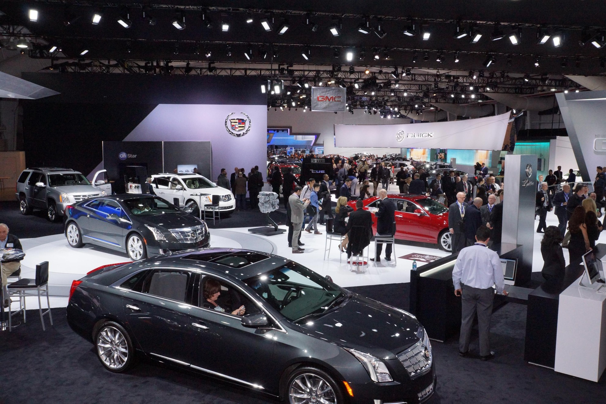 Cadillac_CTS_New_York_Auto_Show