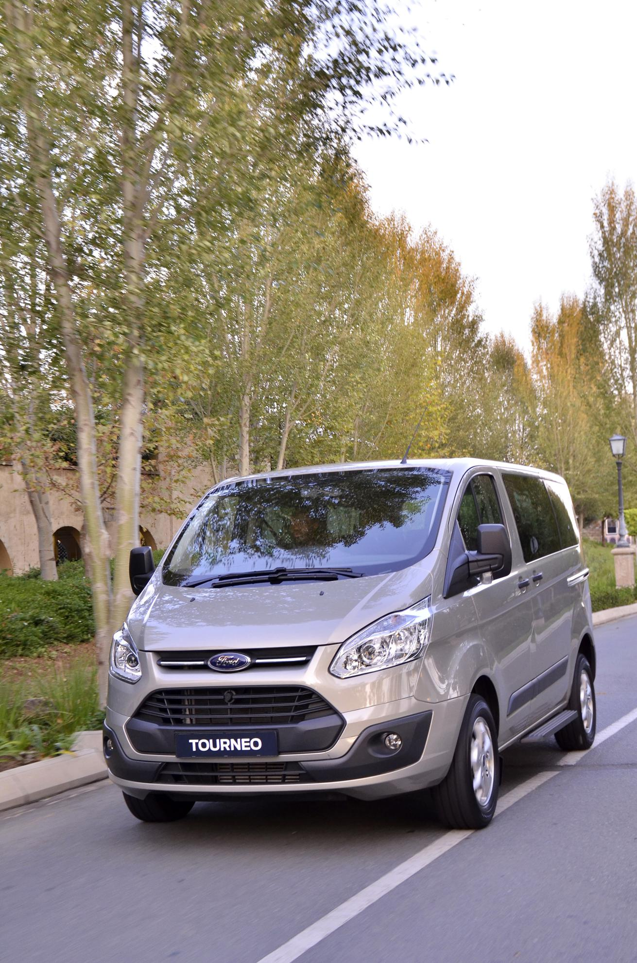 Ford Tourneo 2013 Commcercial Vehicle