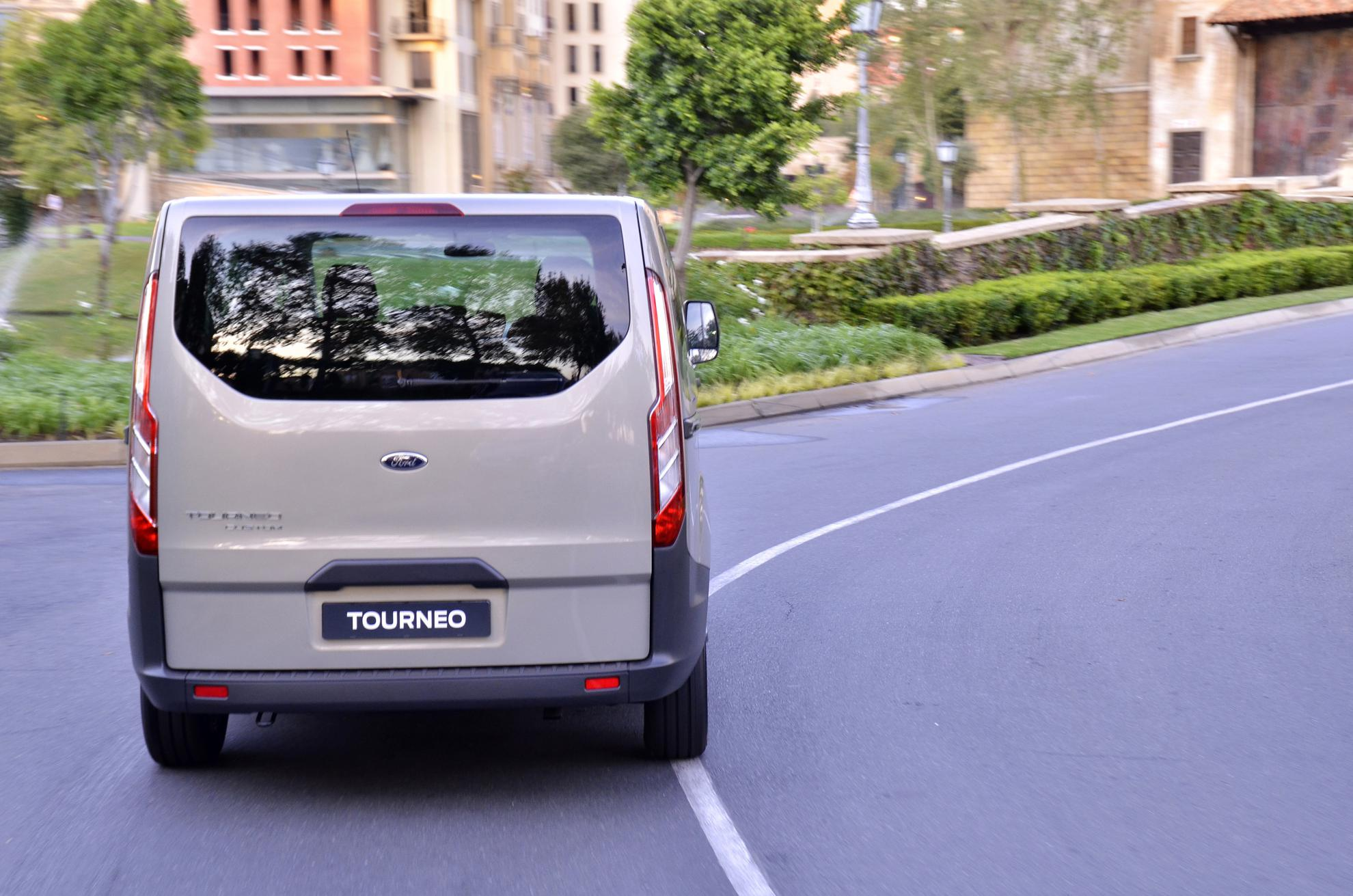 Commcercial Vehicle Ford Tourneo