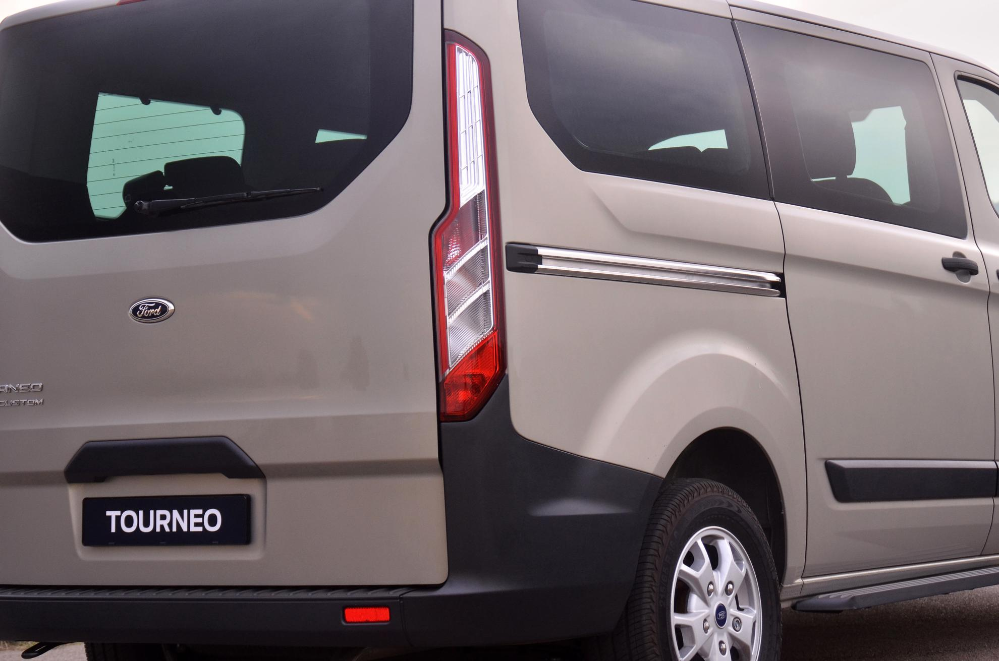 Ford Tourneo Rear Lights