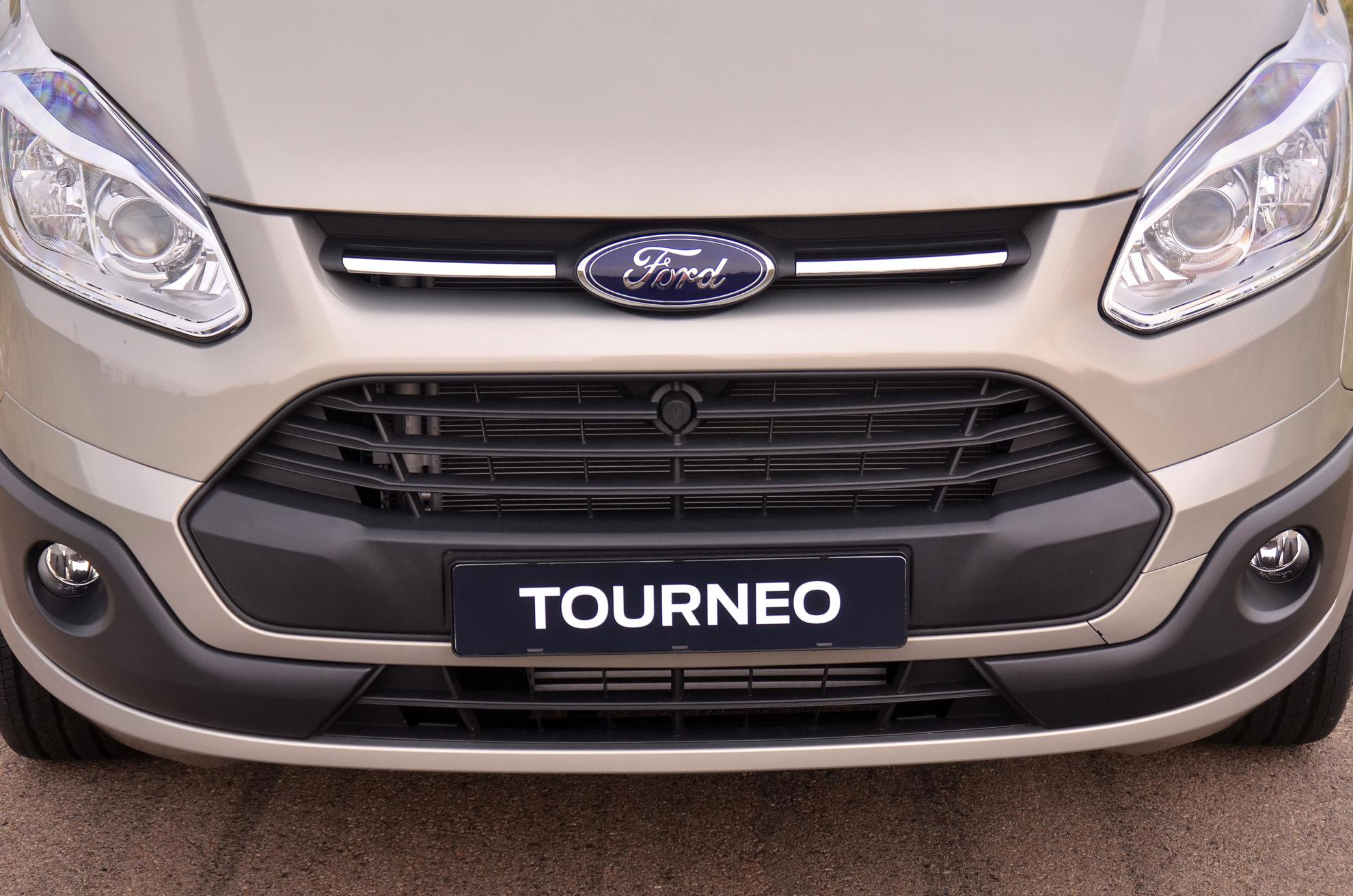 Ford Tourneo 2013 Grill