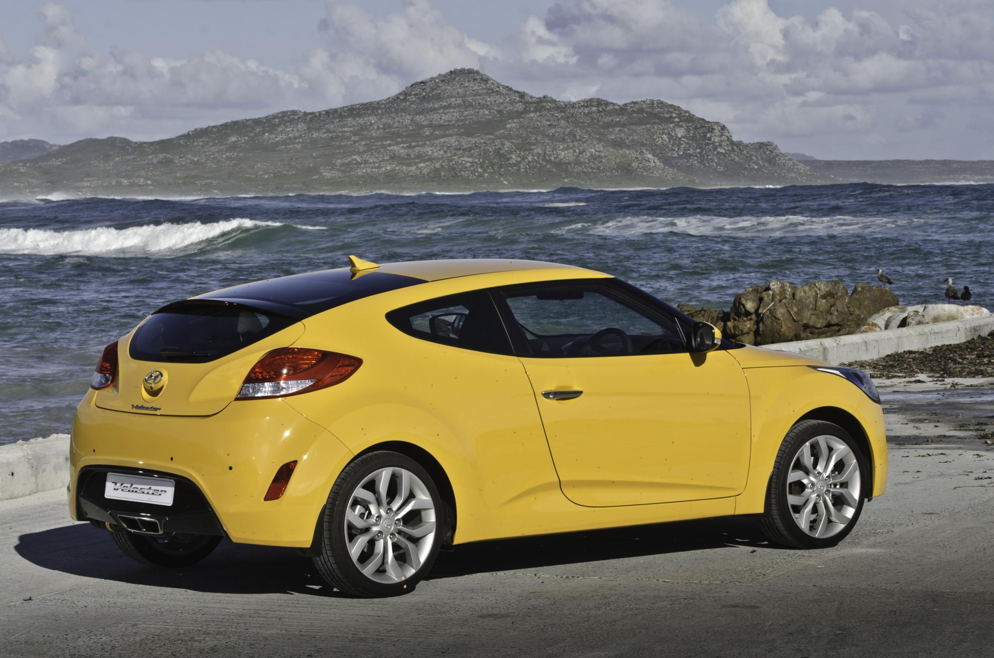 images hyundai veloster 2013. Black Bedroom Furniture Sets. Home Design Ideas