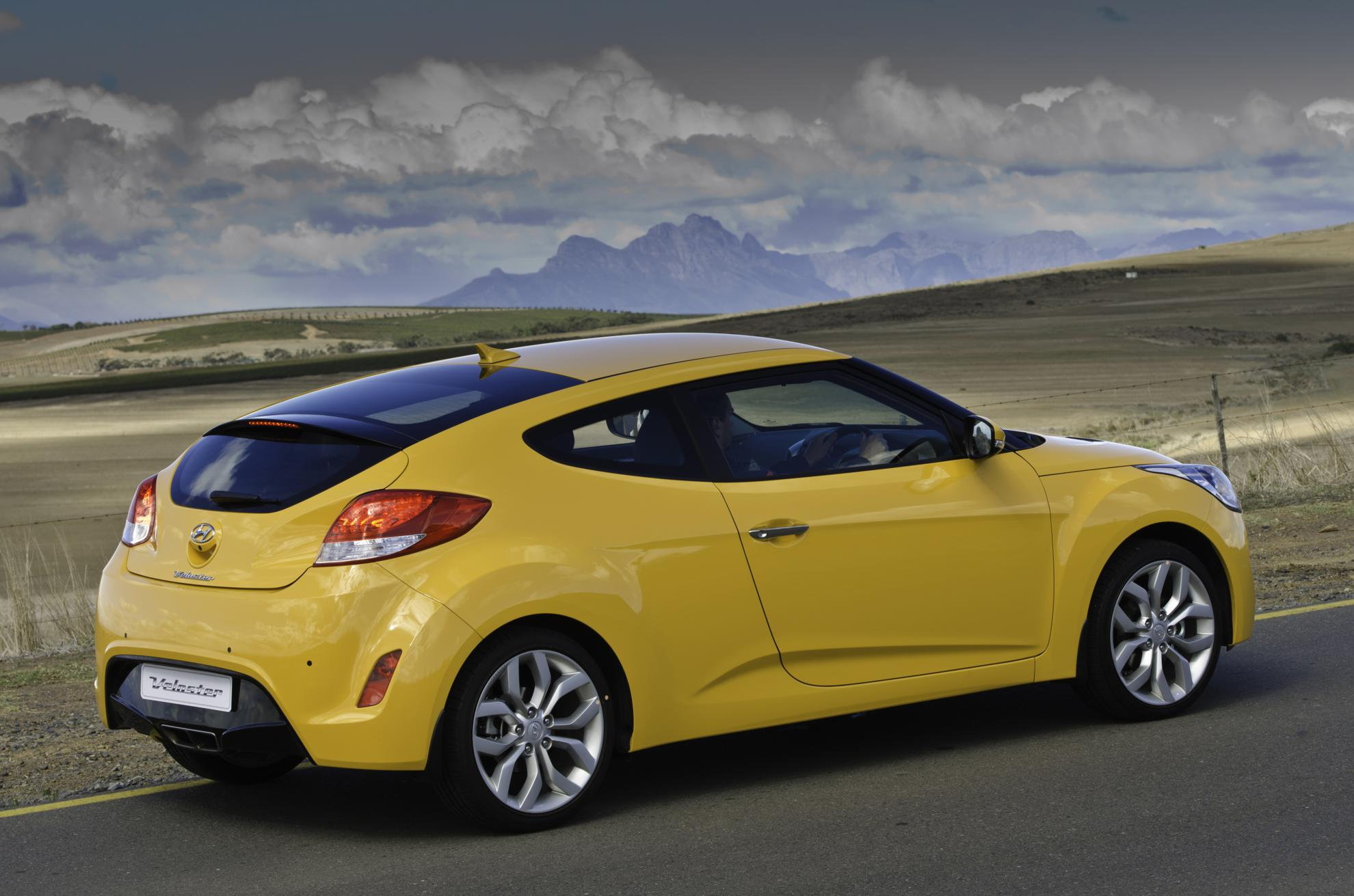 certified qu for val used or dor d en in veloster hyundai bec quebec sale