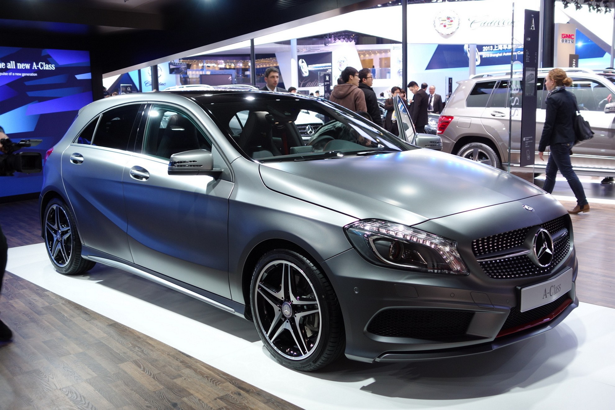 Images mercedes benz shanghai auto show china 2013 - Mercedes car show ...