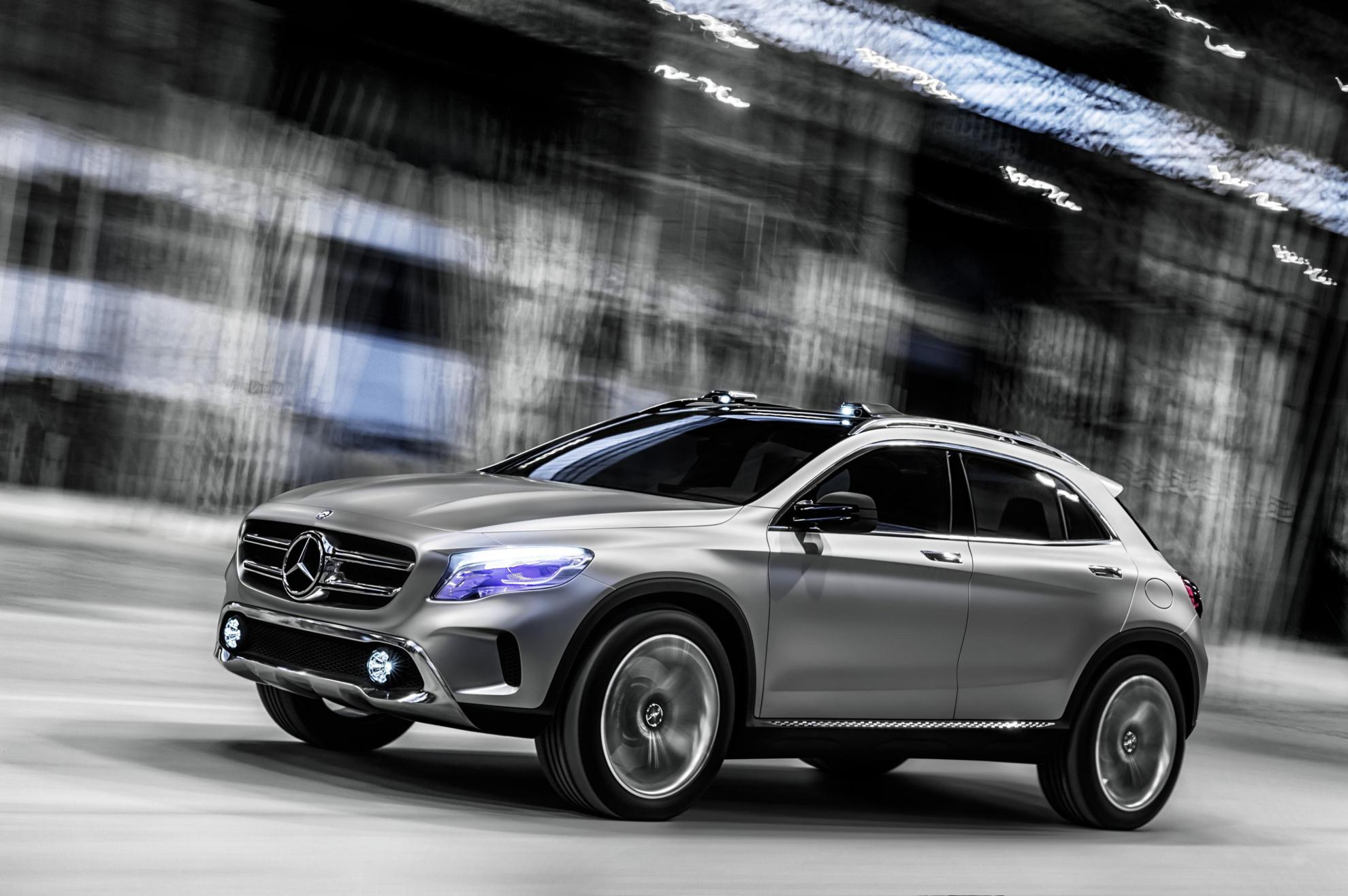 Images mercedes benz concept car the mercedes benz gla - Mercedes car show ...
