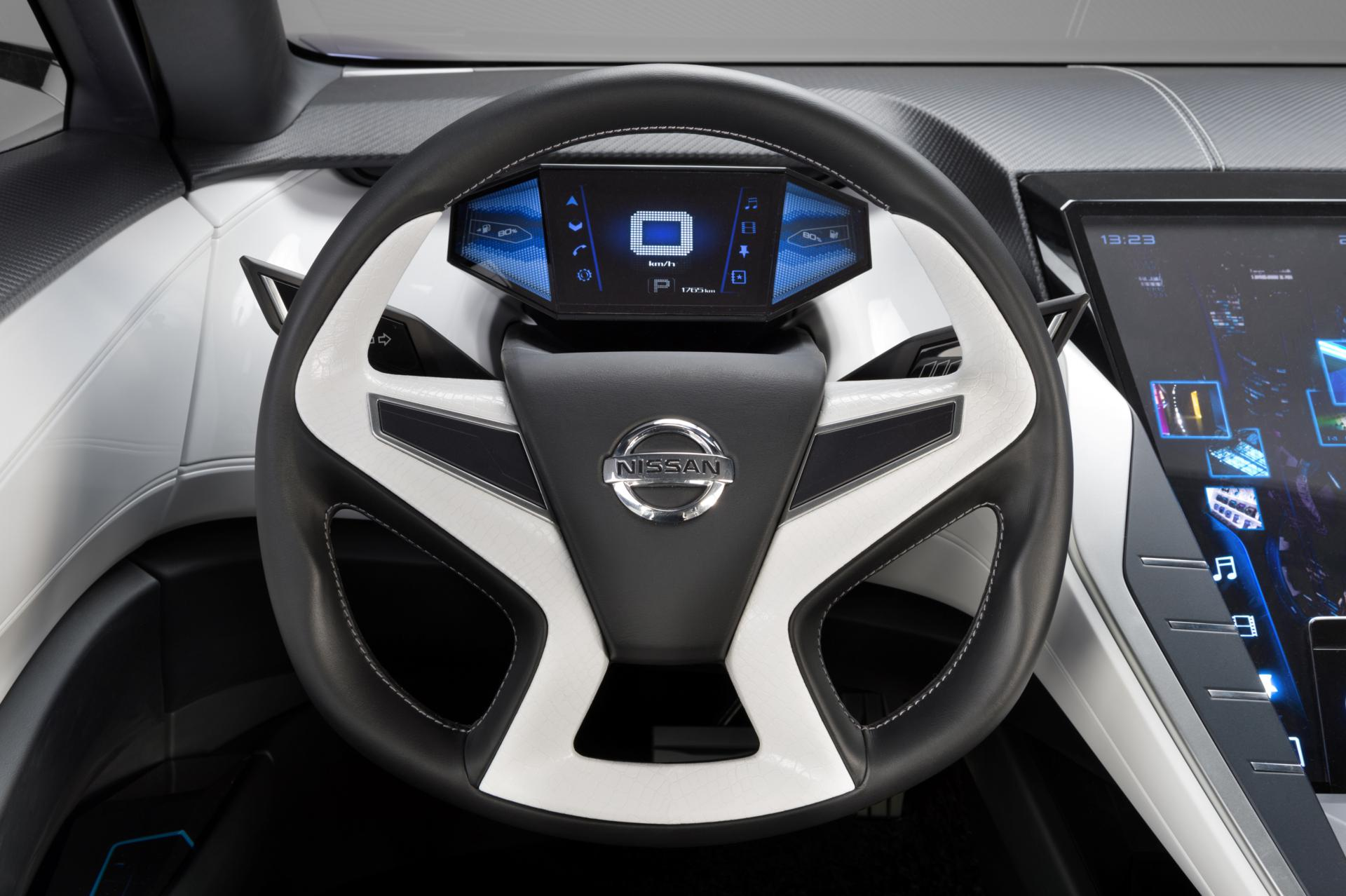 Nissan Concept Car Steering