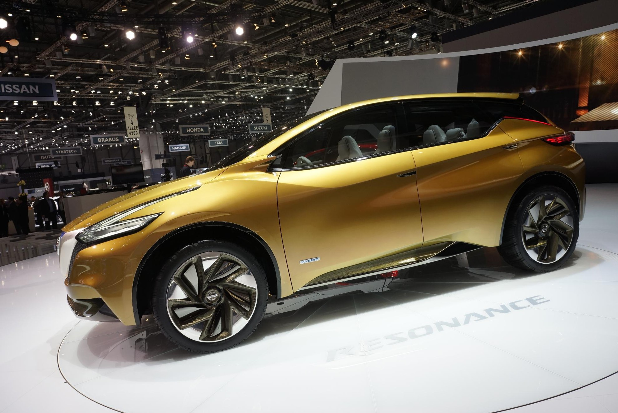 Nissan Resonance - Geneva Motor Show