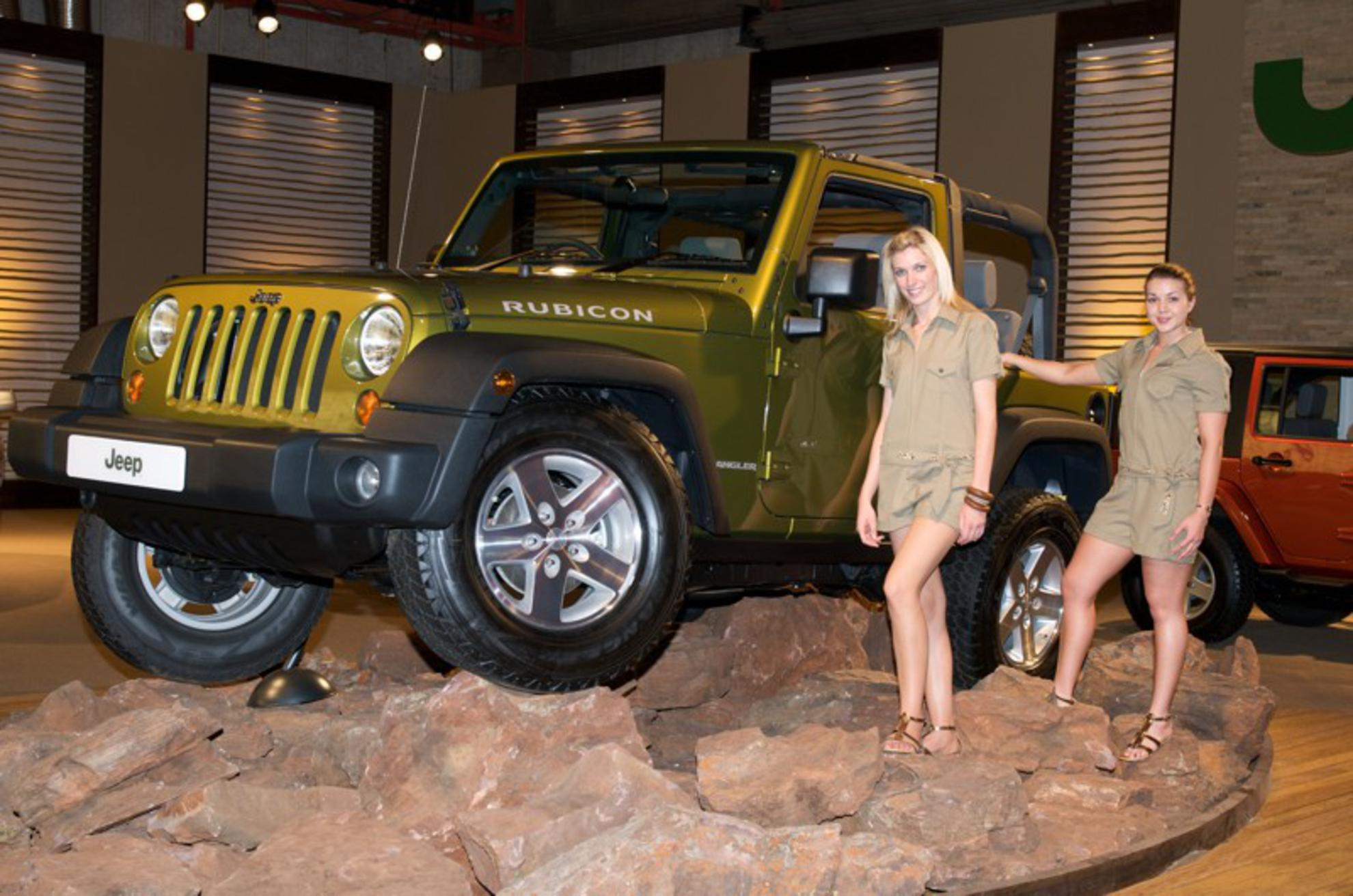 jeep car shows jeep at the motor show jeep 2008. Cars Review. Best American Auto & Cars Review
