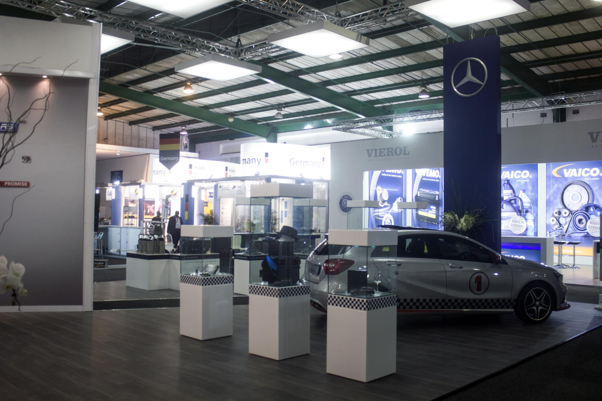 Mercedes-Benz-Automechanika-2013-02