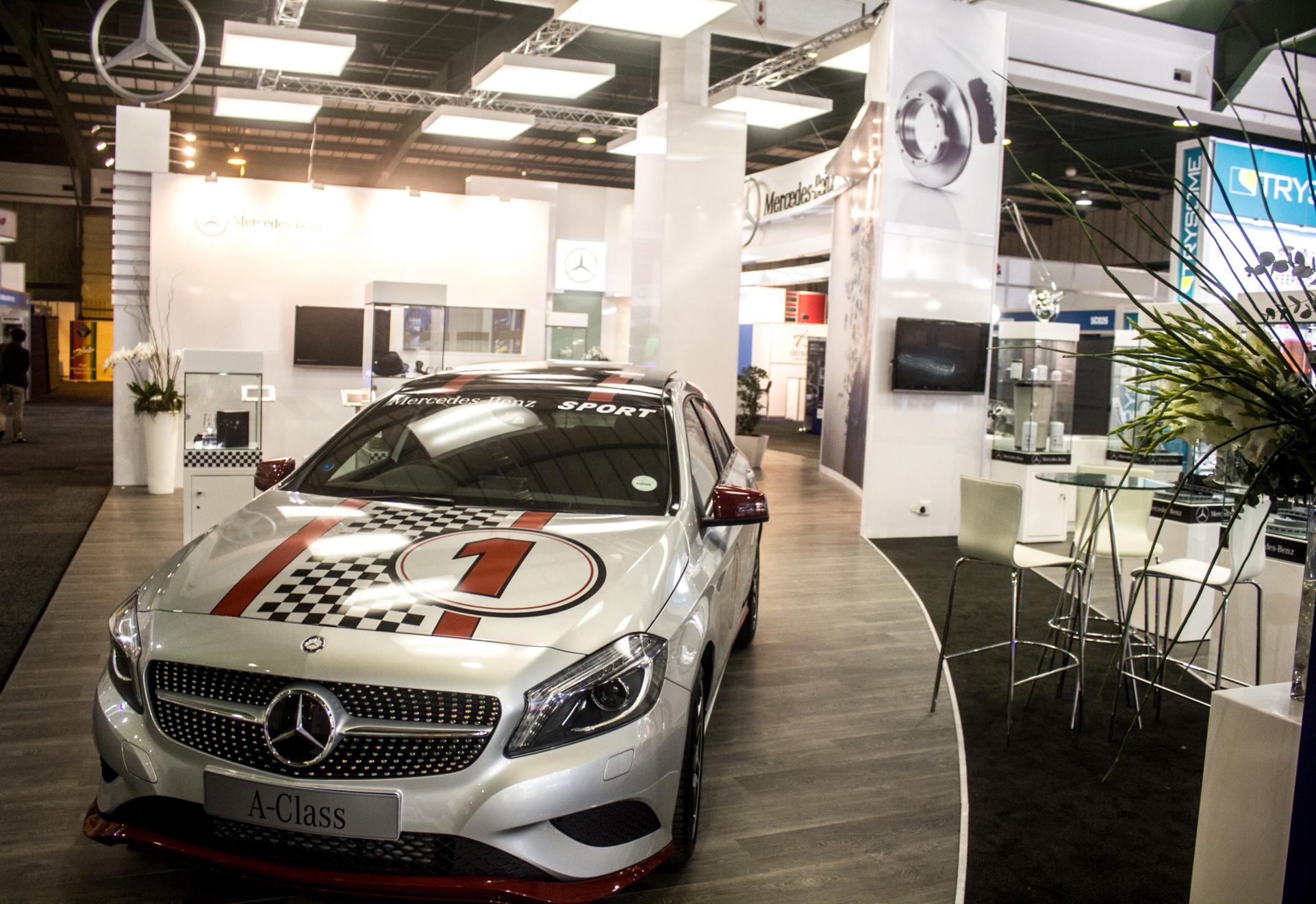 Mercedes-Benz-Automechanika-2013-19