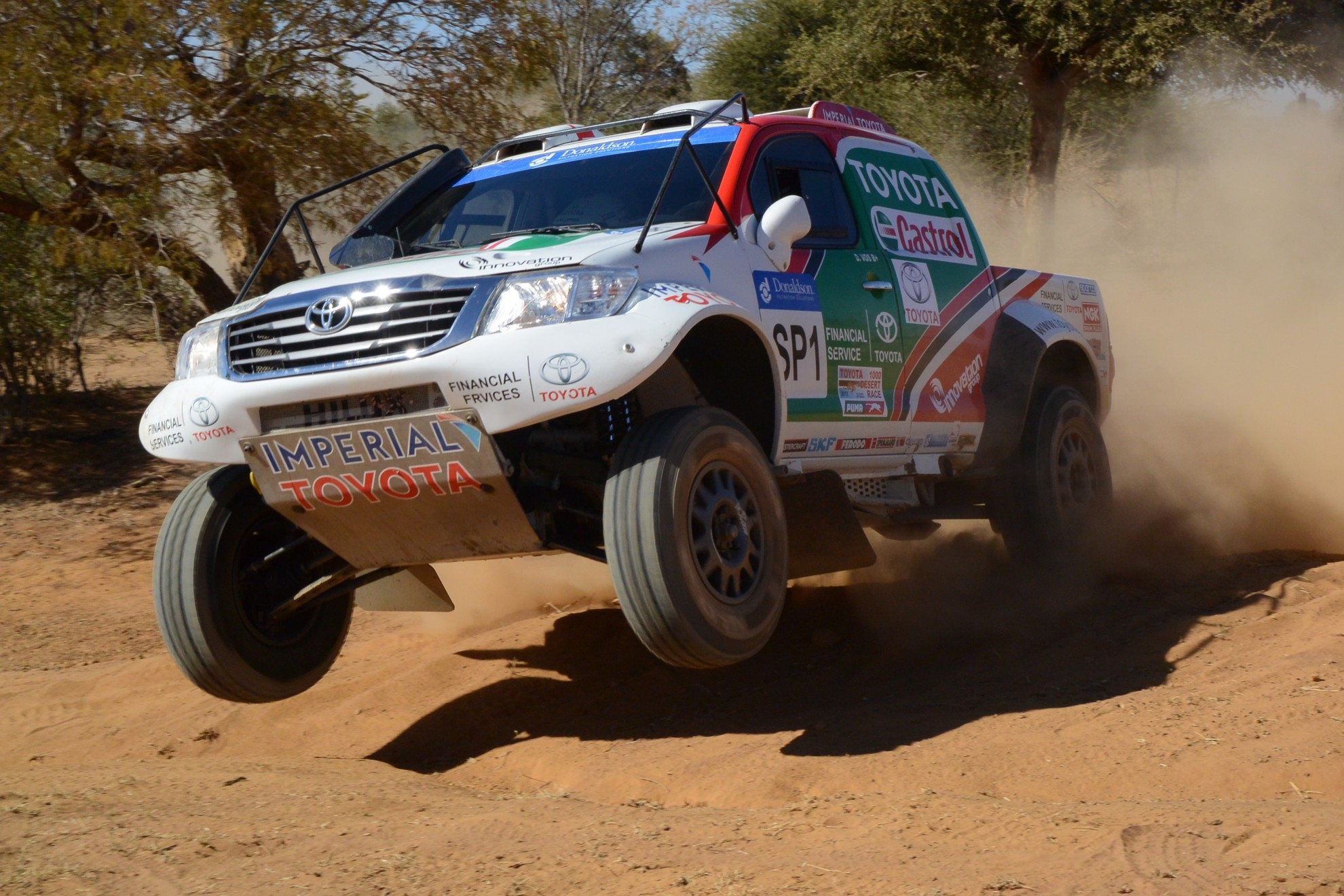 Castrol Team Toyota 1st And 4th In Toyota Desert Race