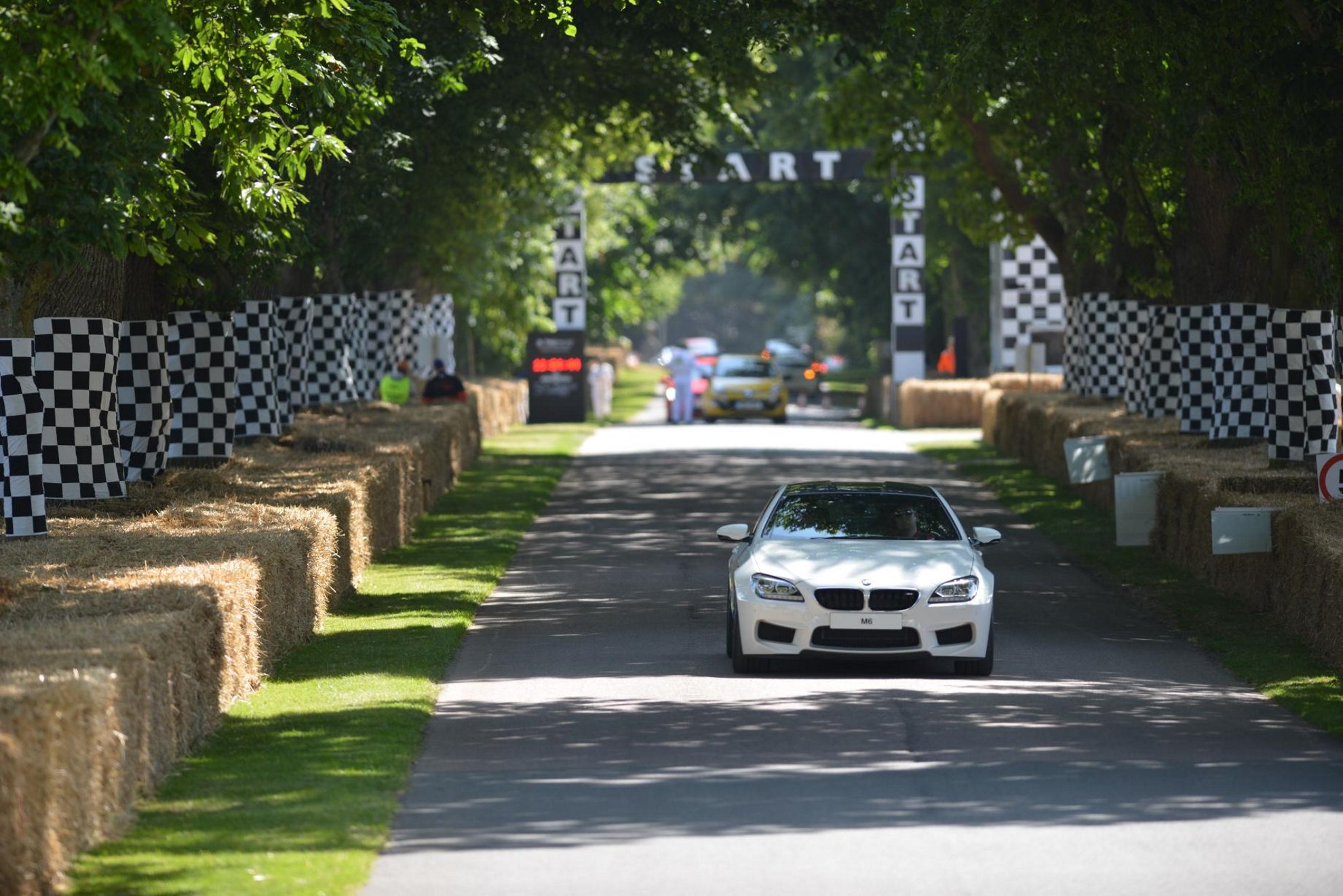 BMW_M5_Festival-of-speed