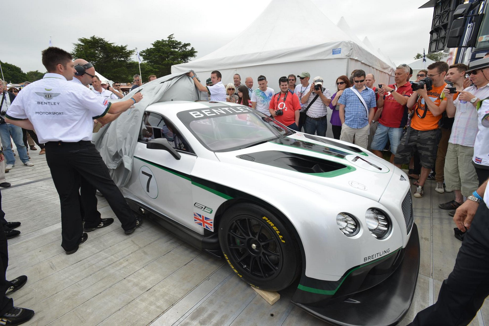 Bentley Continental GT3 Debut