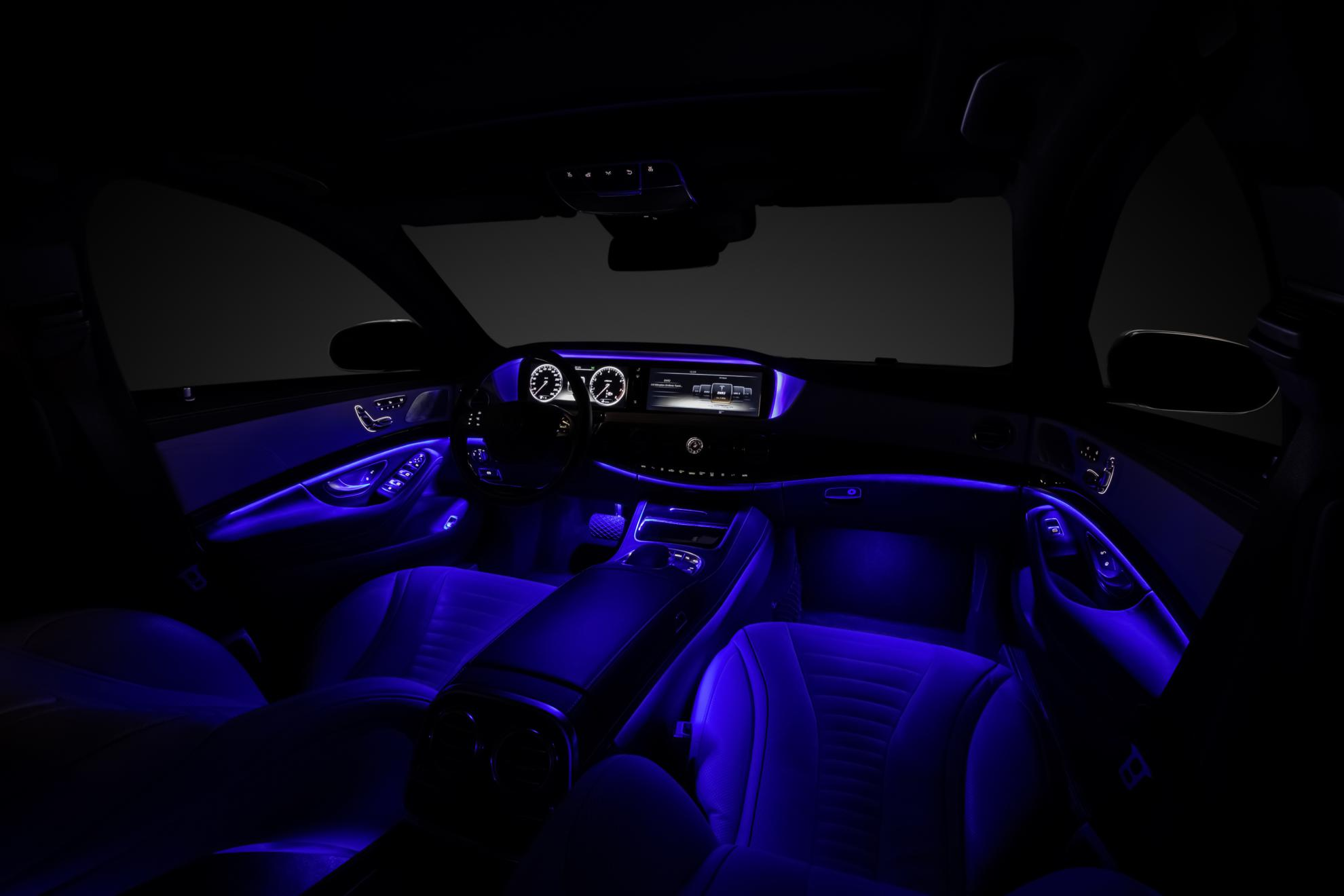 Mercedes benz s class interior design visual breadth and for Mercedes benz upholstery