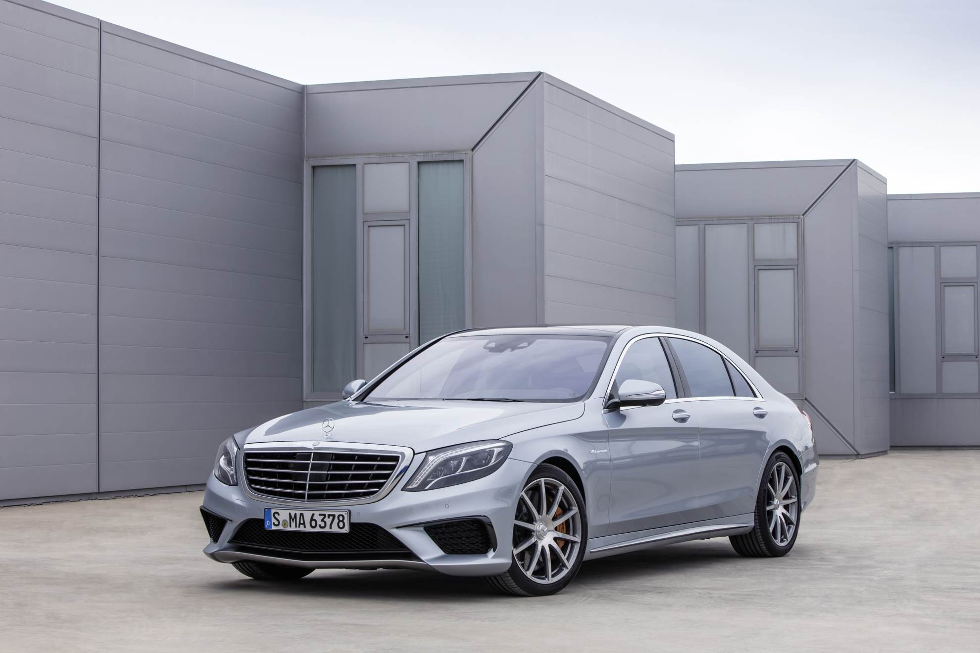 New Mercedes-Benz S 63 AMG