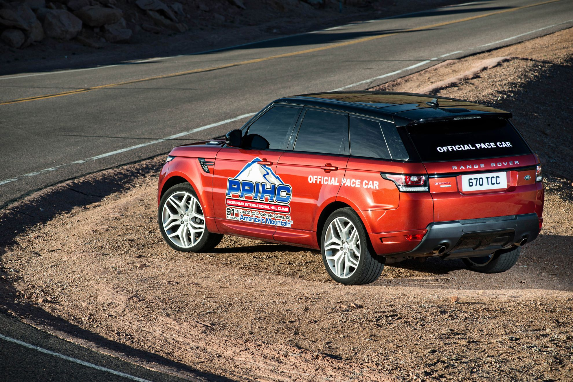 Range Rover at Pikes Peak